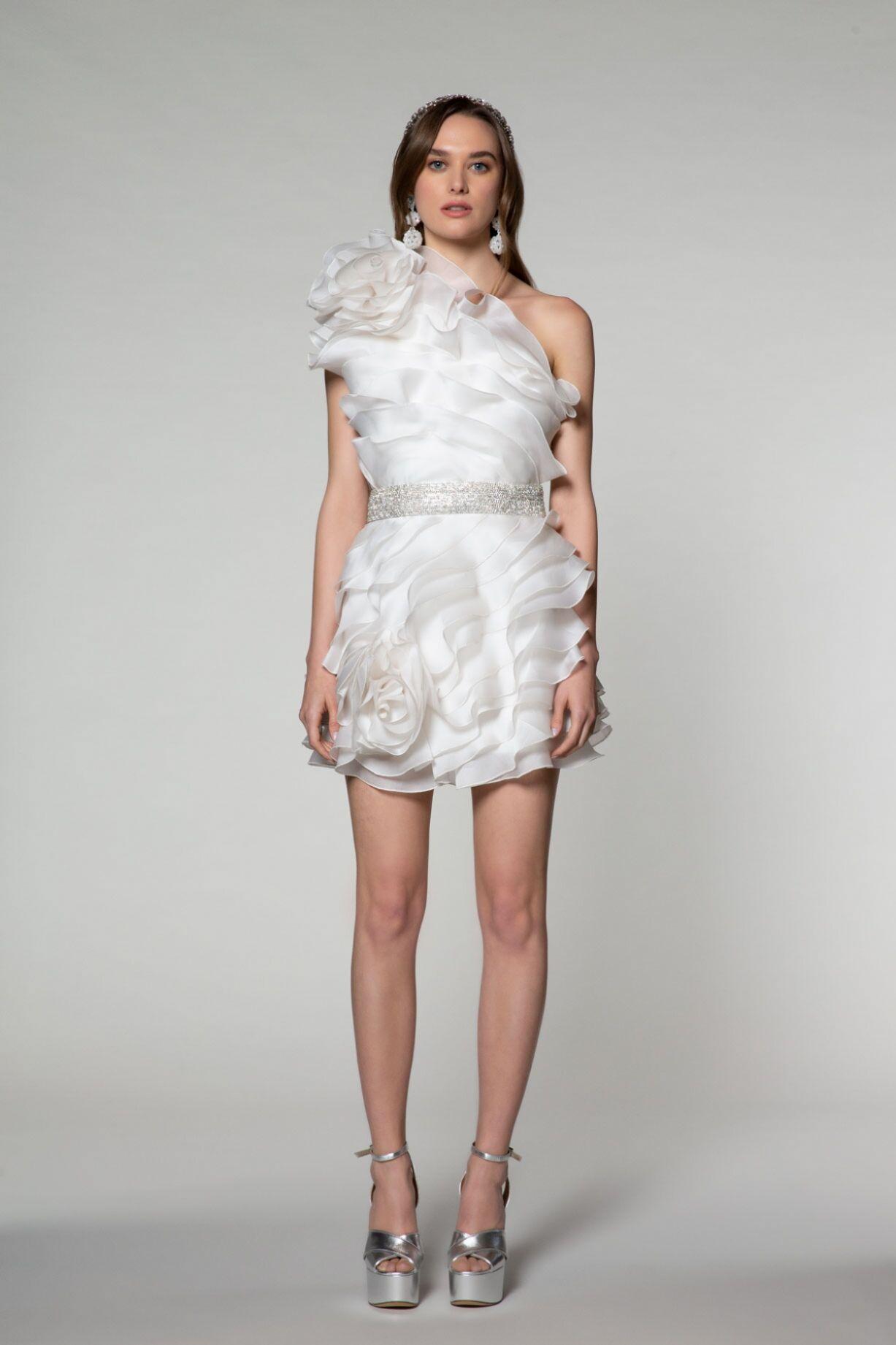 Hacimli Omuz Detaylı, Fırfırlı Mini Elbise