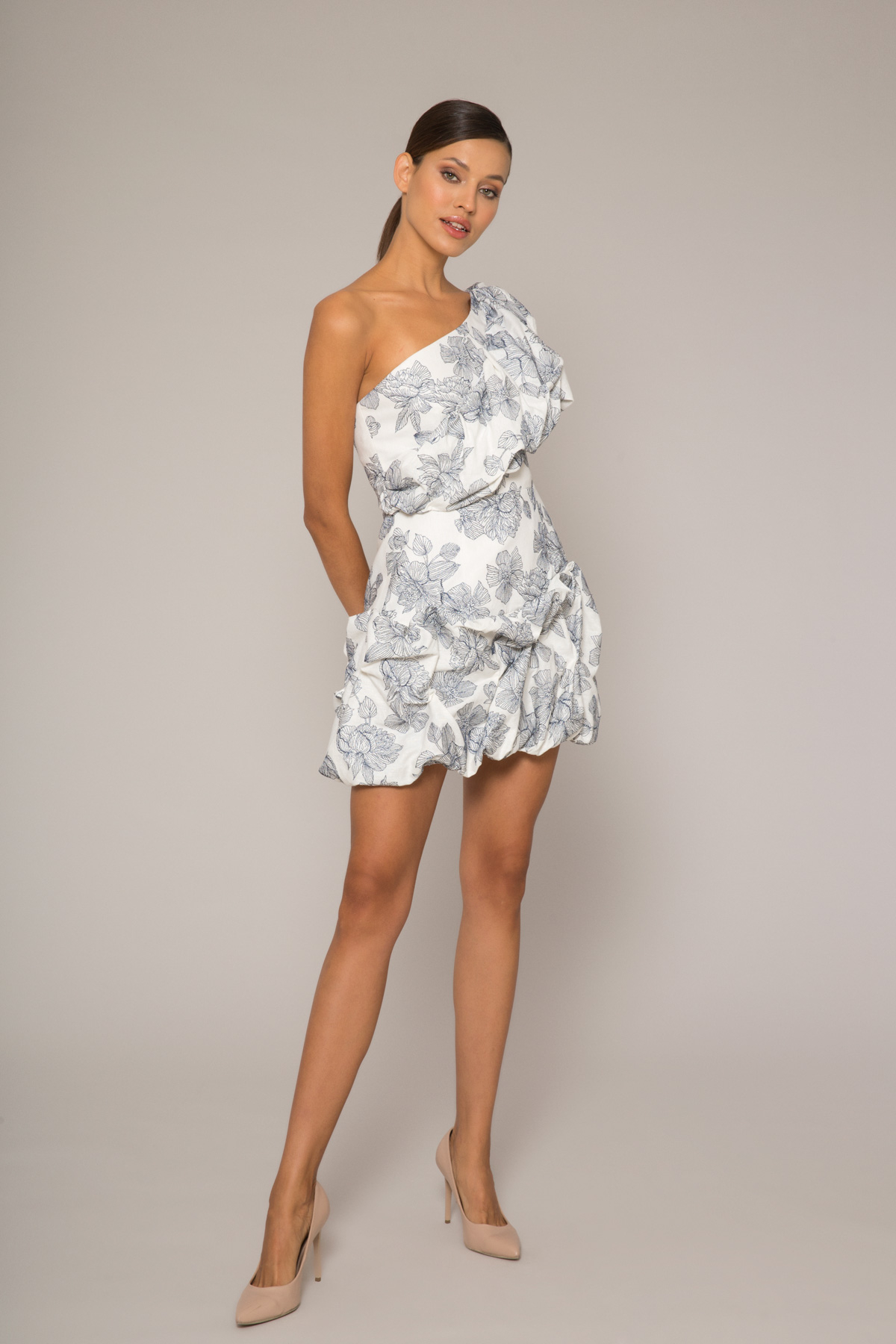 Hacimli Tek Omuz Mini Elbise