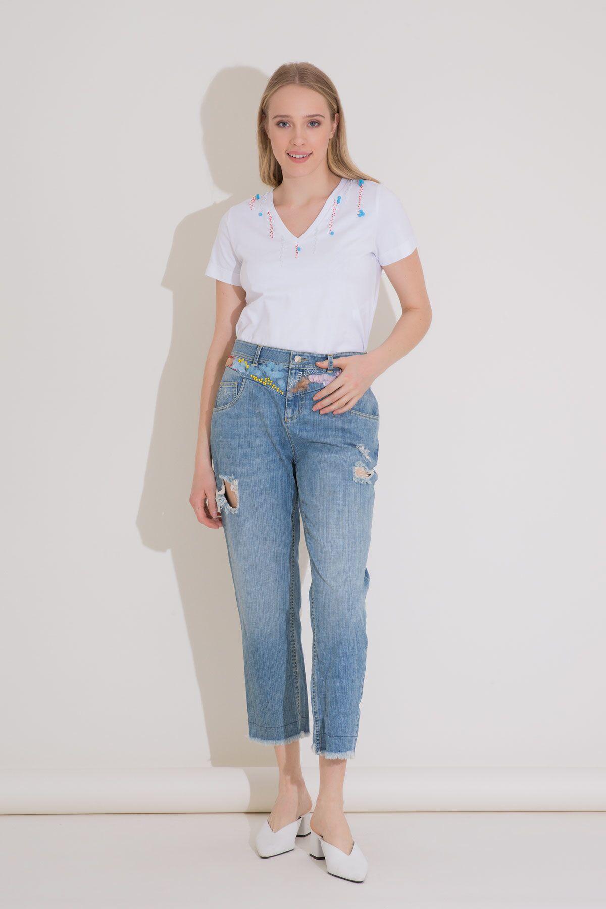 İşleme Detaylı Boyfriend Mavi Jean Pantolon
