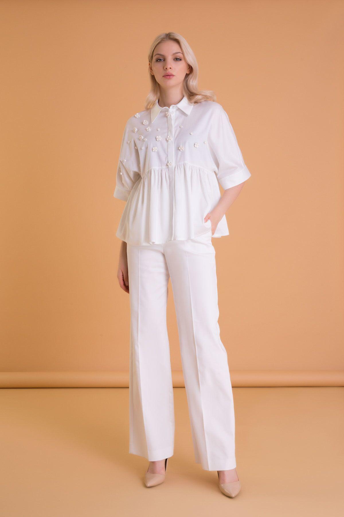 İşleme Detaylı Kısa Kollu Beyaz Poplin Gömlek