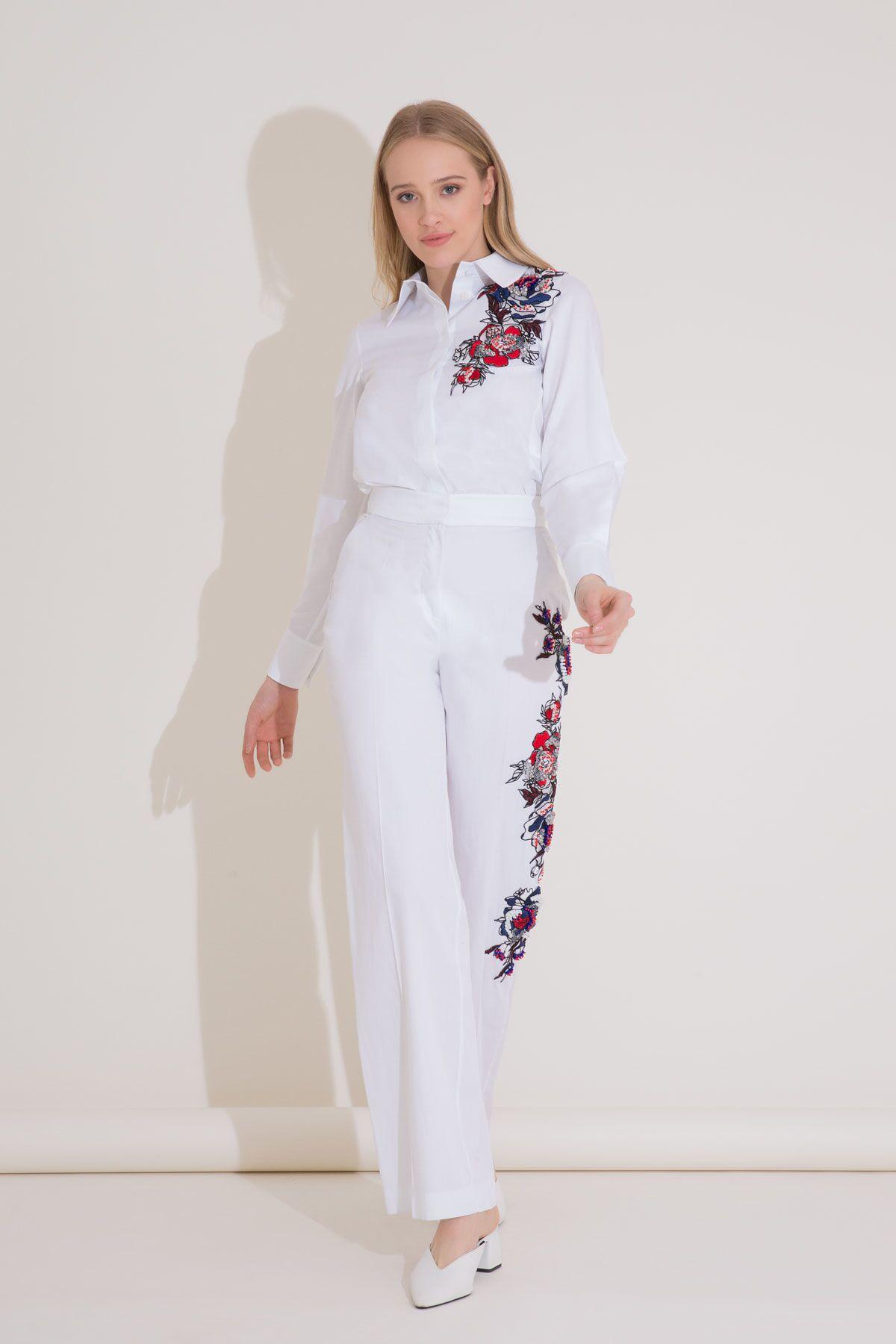 İşlemeli Yüksek Bel Geniş Paça Beyaz Pantolon