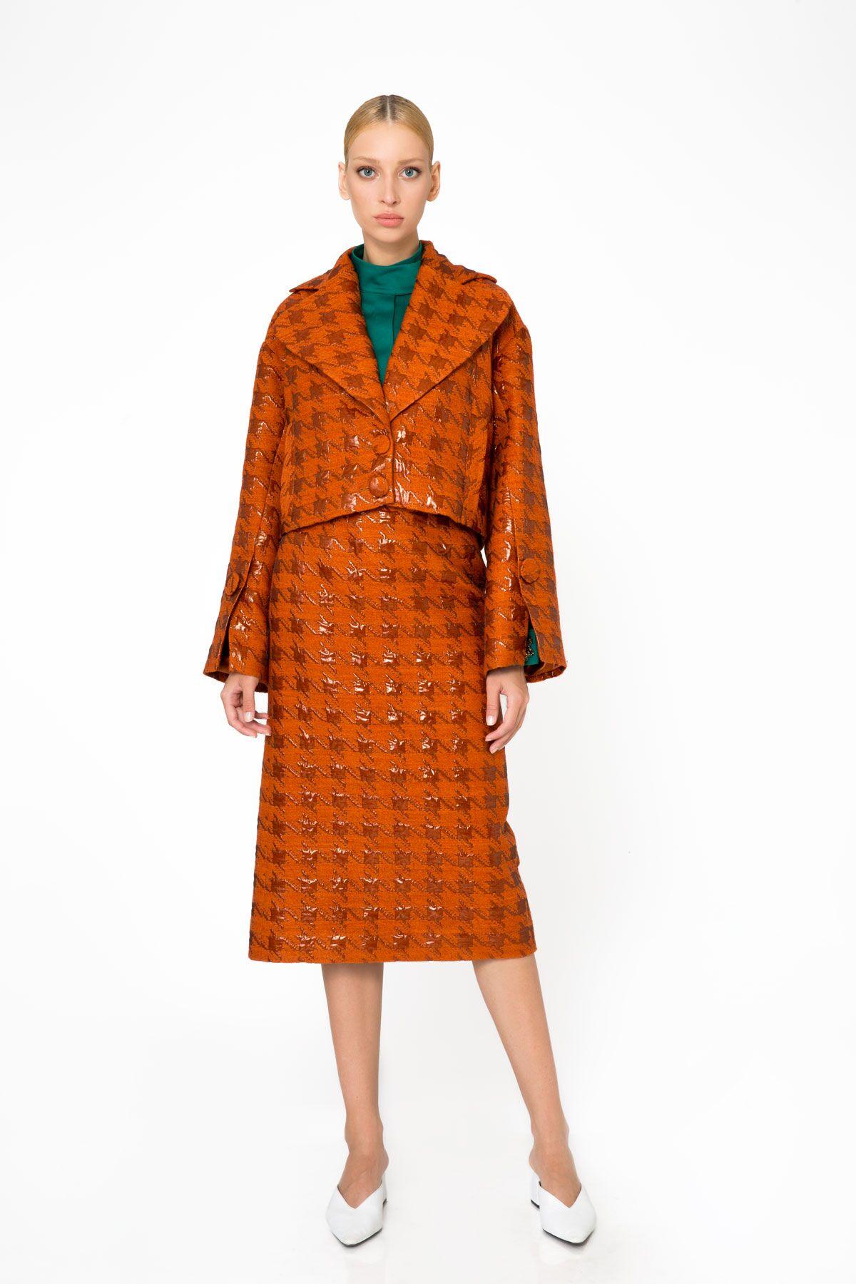 Jacquard Fabric Oversized Sleeve Short Orange Jacket