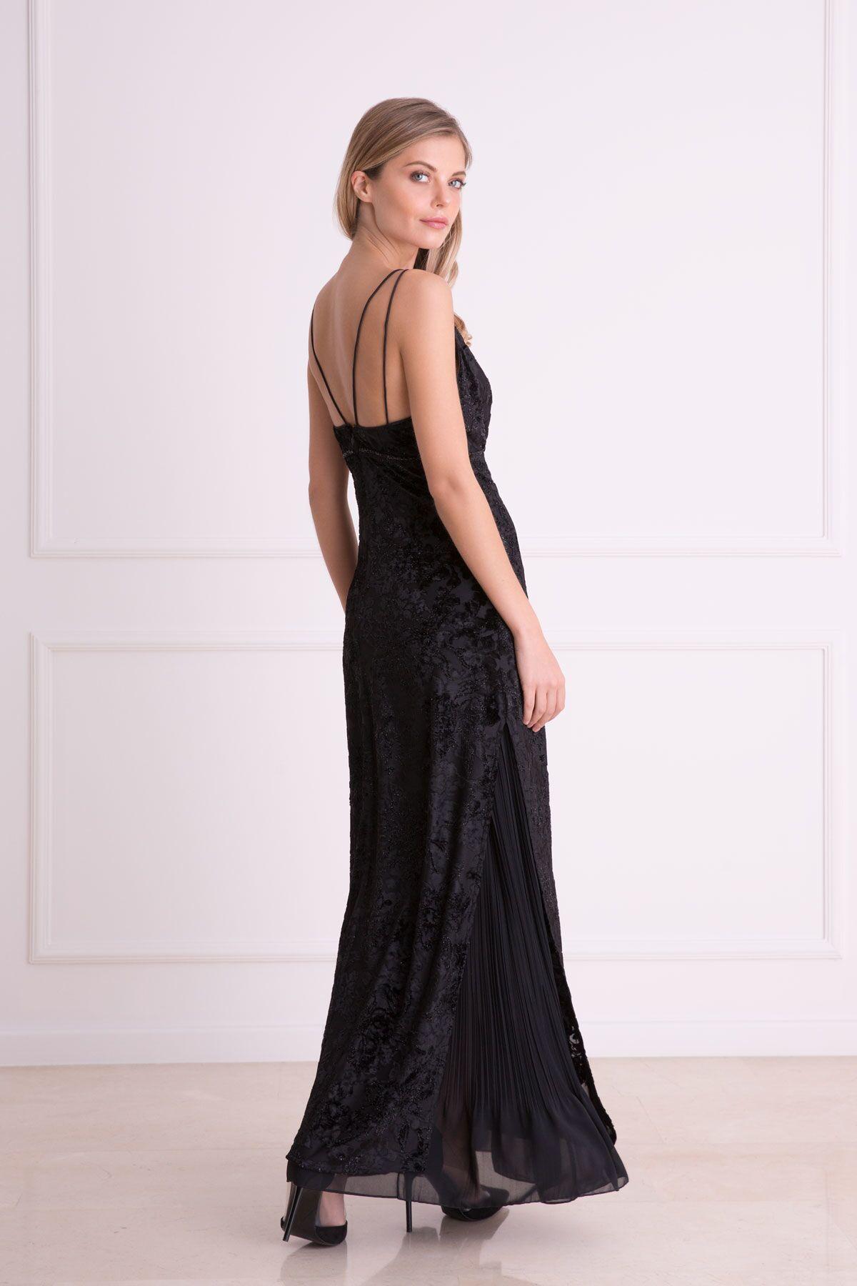 Kabartma Desenli Tül Detaylı Siyah Uzun Elbise