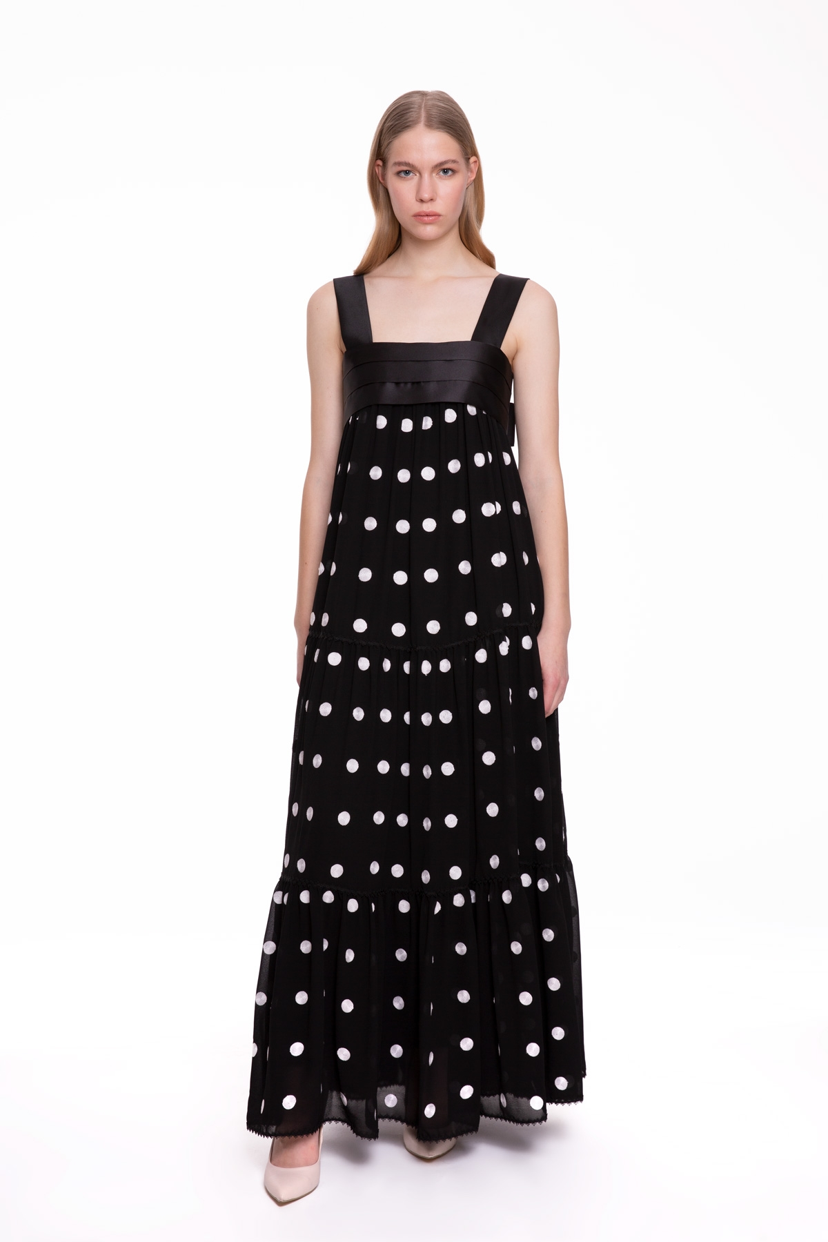 Kalın Askılı Puantiye Desenli Siyah Uzun Elbise