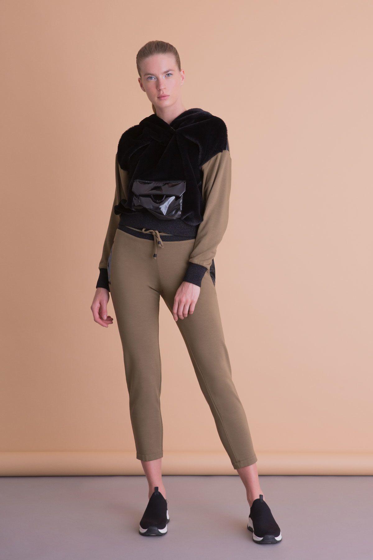 Kanguru Cepli Kapüşonlu Haki Siyah Sweatshirt