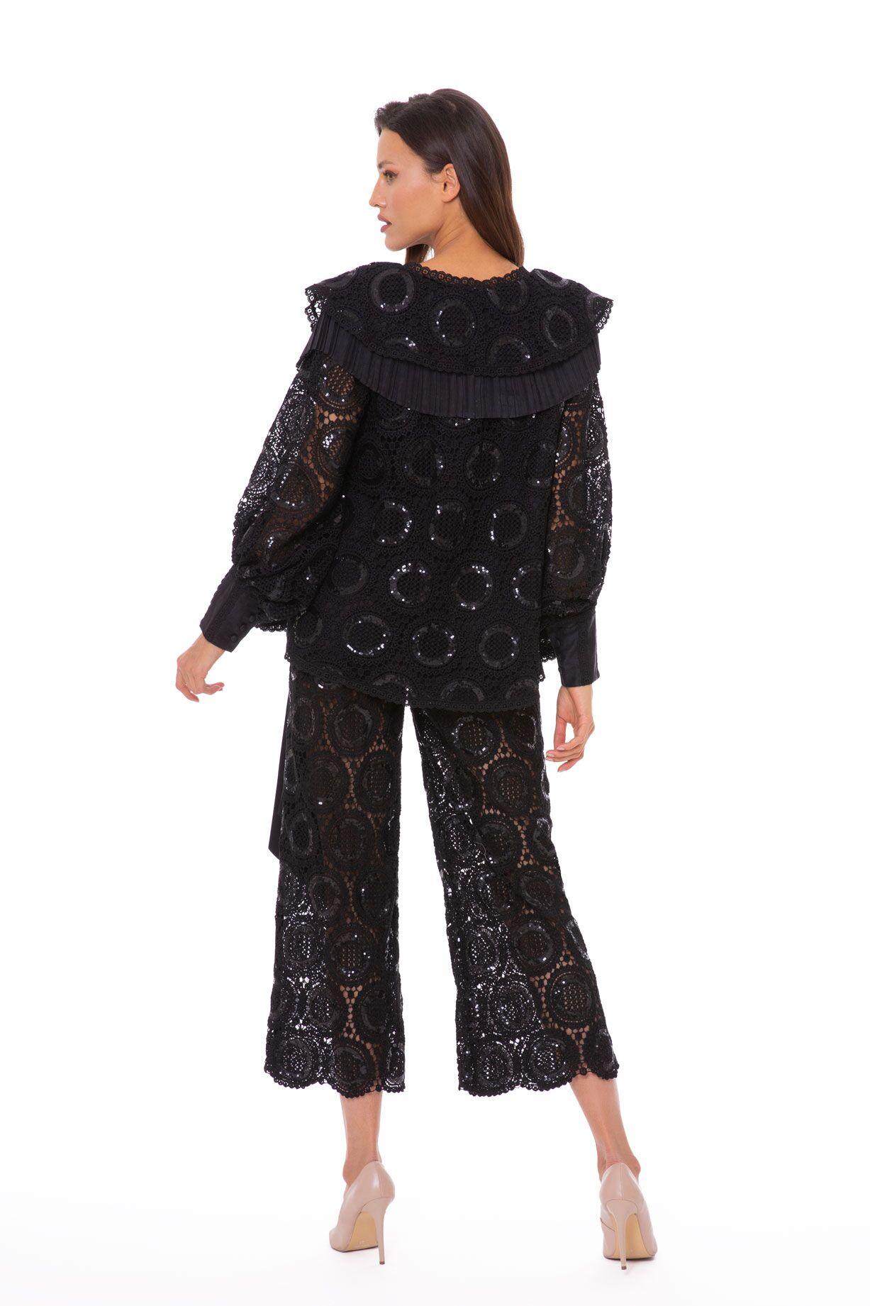 Karışık Plise Detaylı Dantel Siyah Bluz