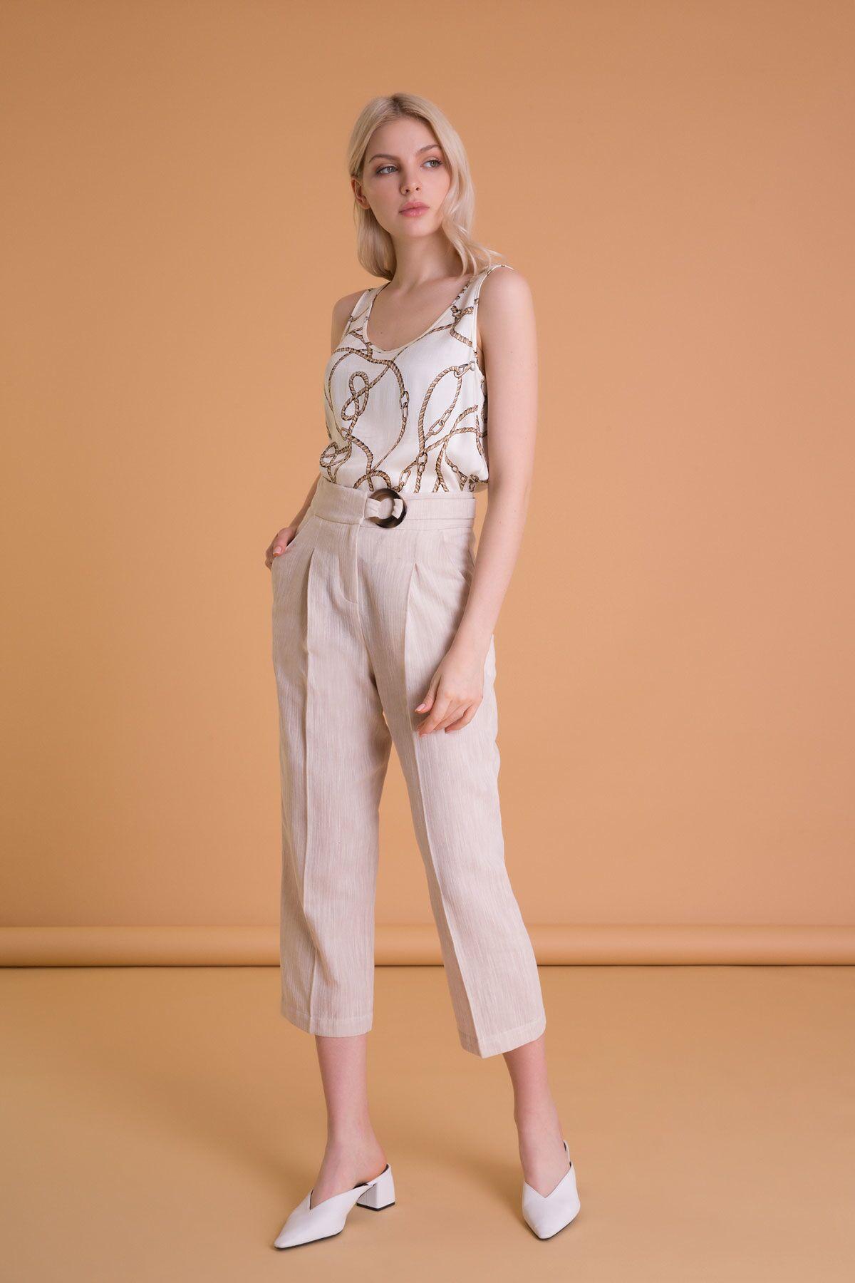Kemer Detaylı Bej Crop Pantolon