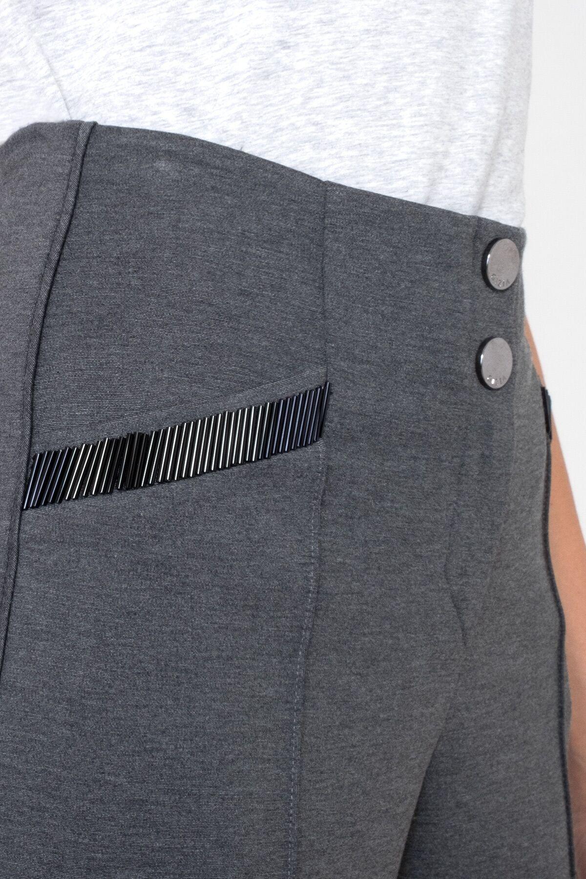 Cep İşleme Detaylı Crop Gri Spor Pantolon