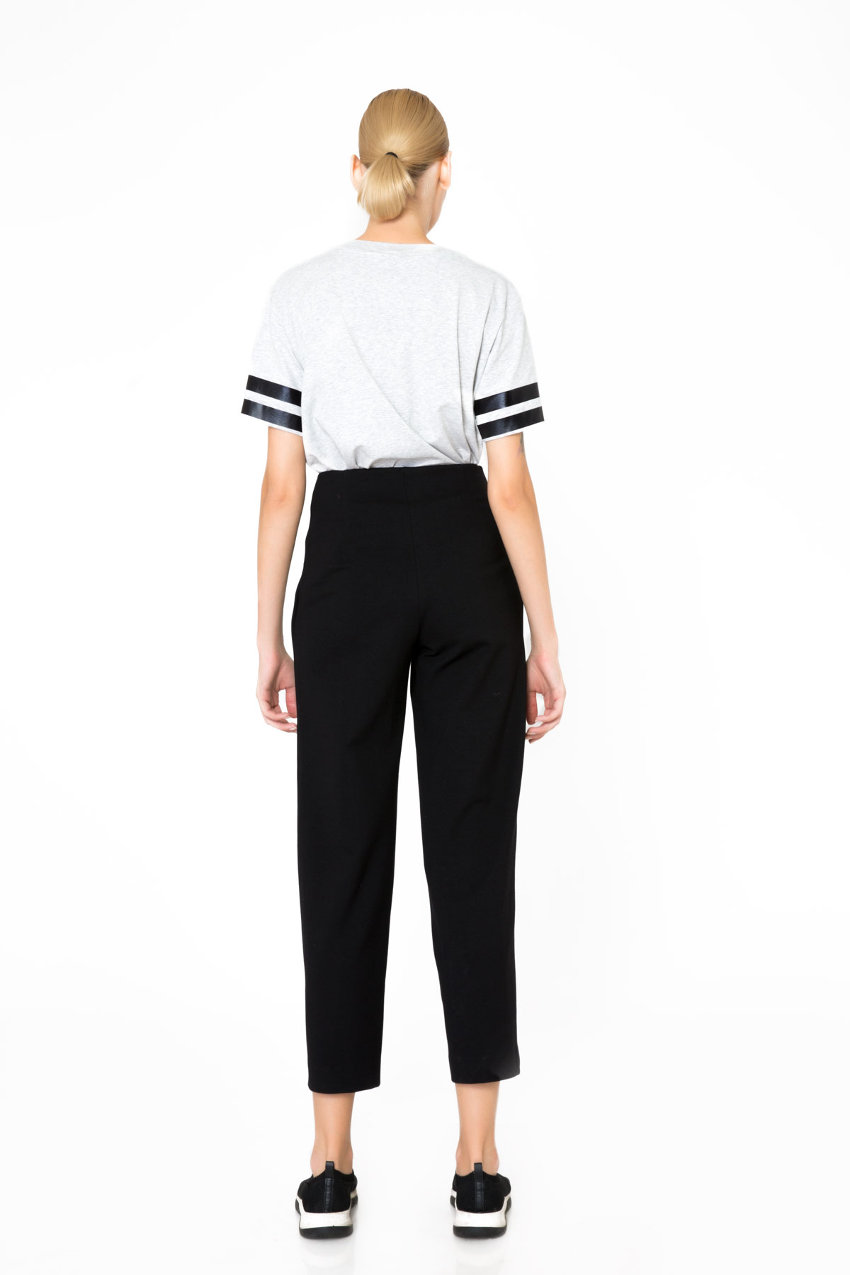 Cep İşleme Detaylı Crop Siyah Spor Pantolon