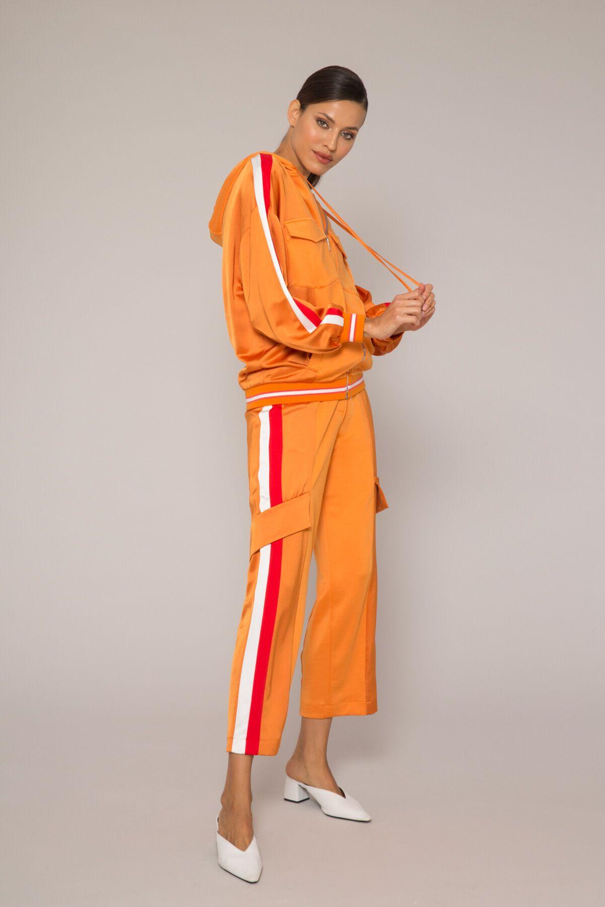 Kargo Cep Detaylı Yandan Şeritli Pantolon