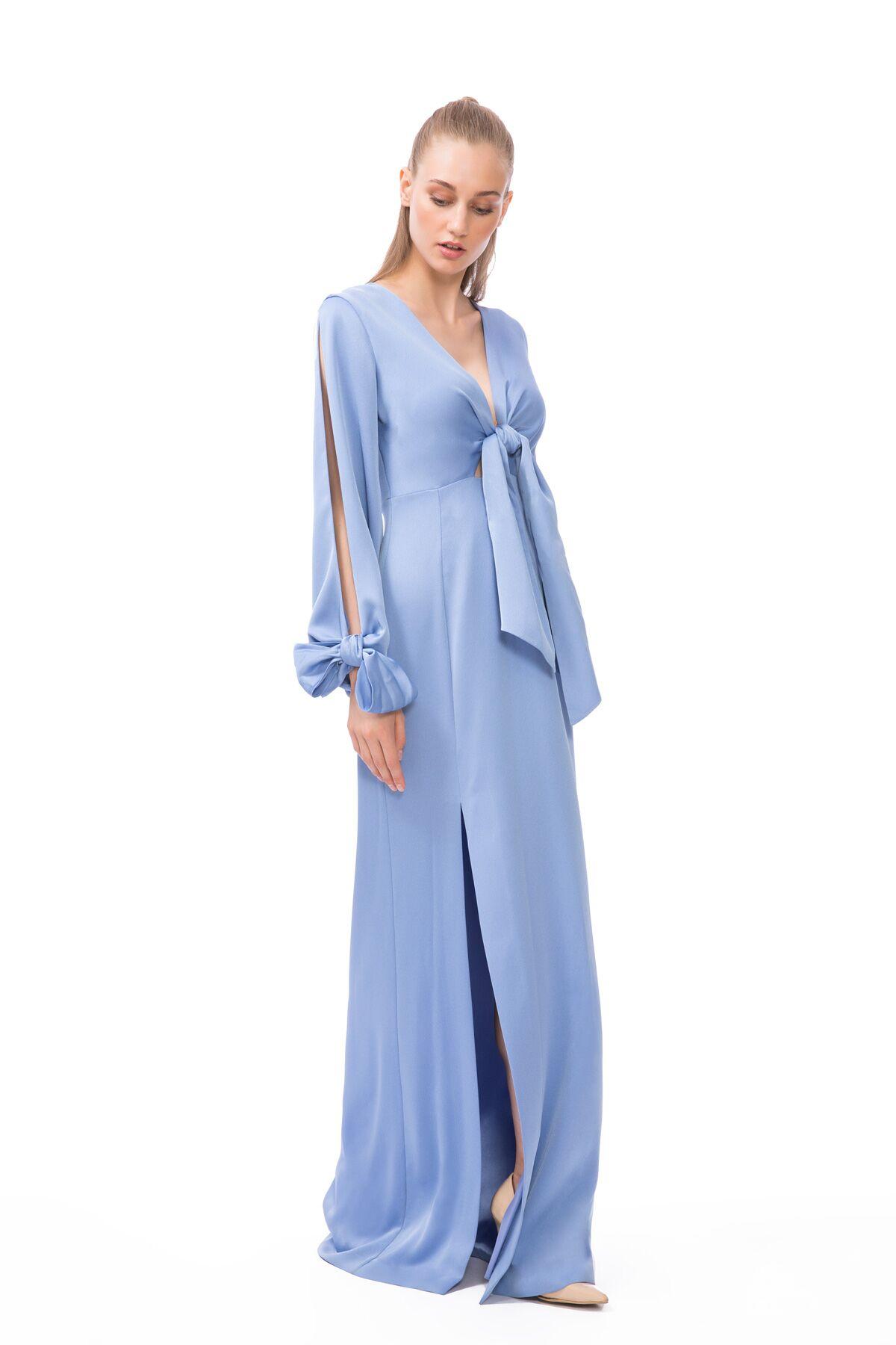 Yırtmaç ve Bağlama Detaylı Mavi Uzun Elbise