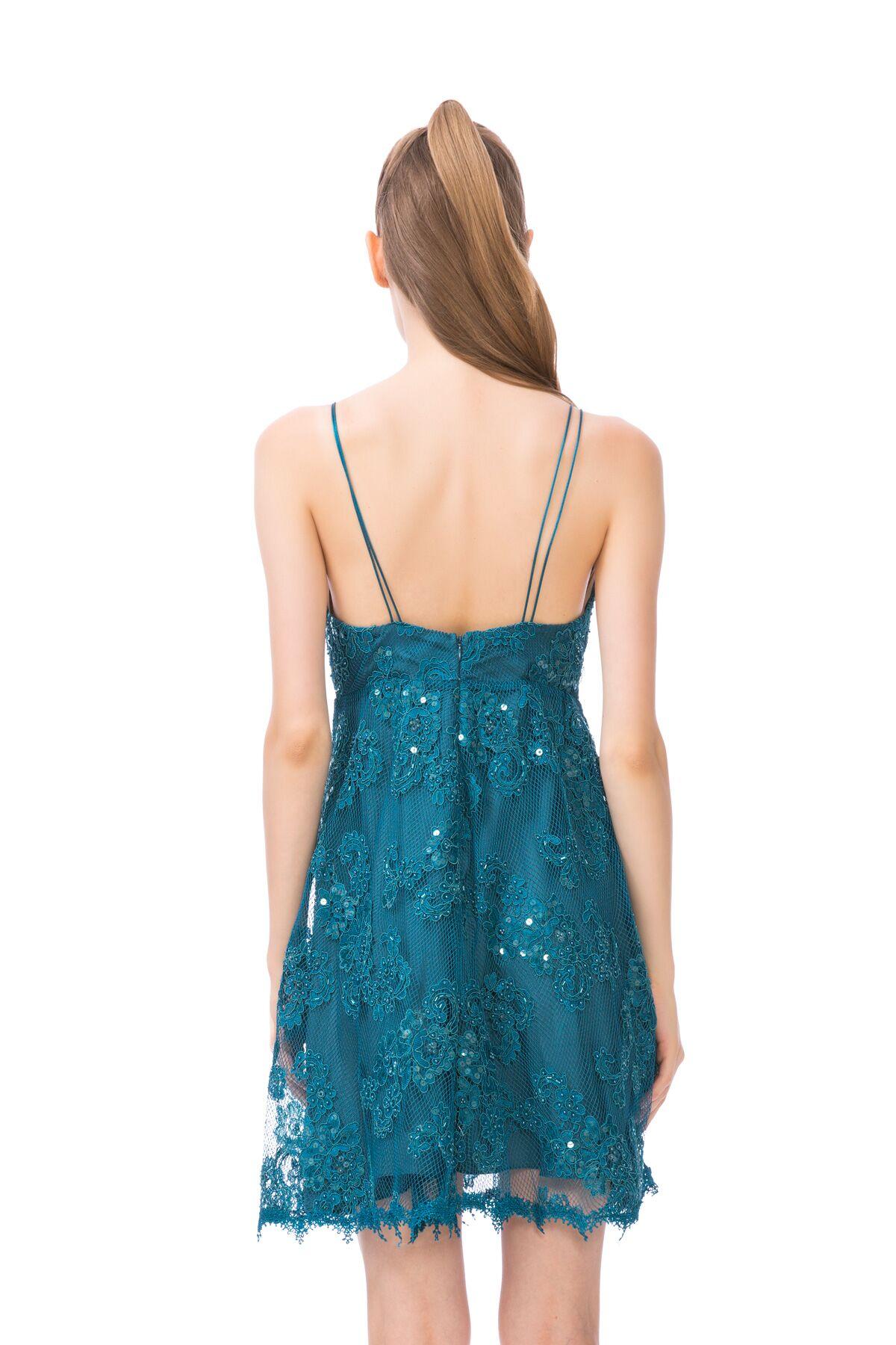 İp Askılı Güpür Detaylı Mini Elbise