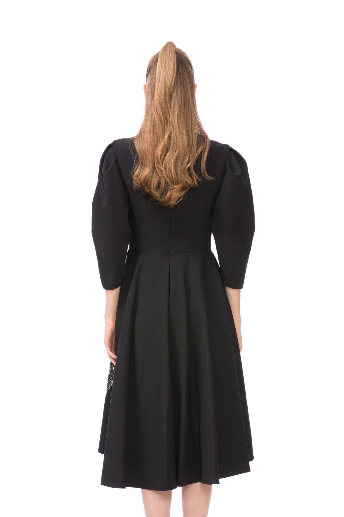 Trok Baskı Detaylı Siyah Midi Elbise