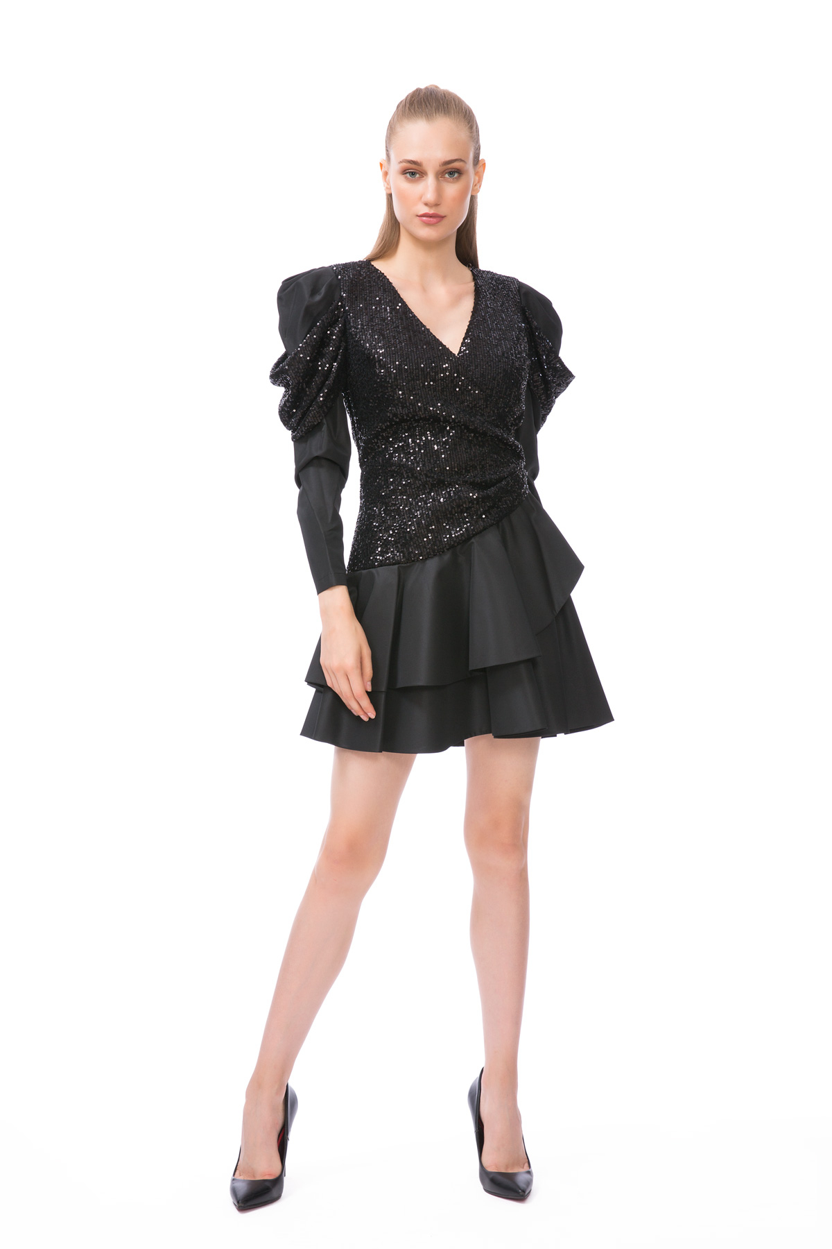 Pul Payet Detaylı Balon Kol Mini Siyah Elbise