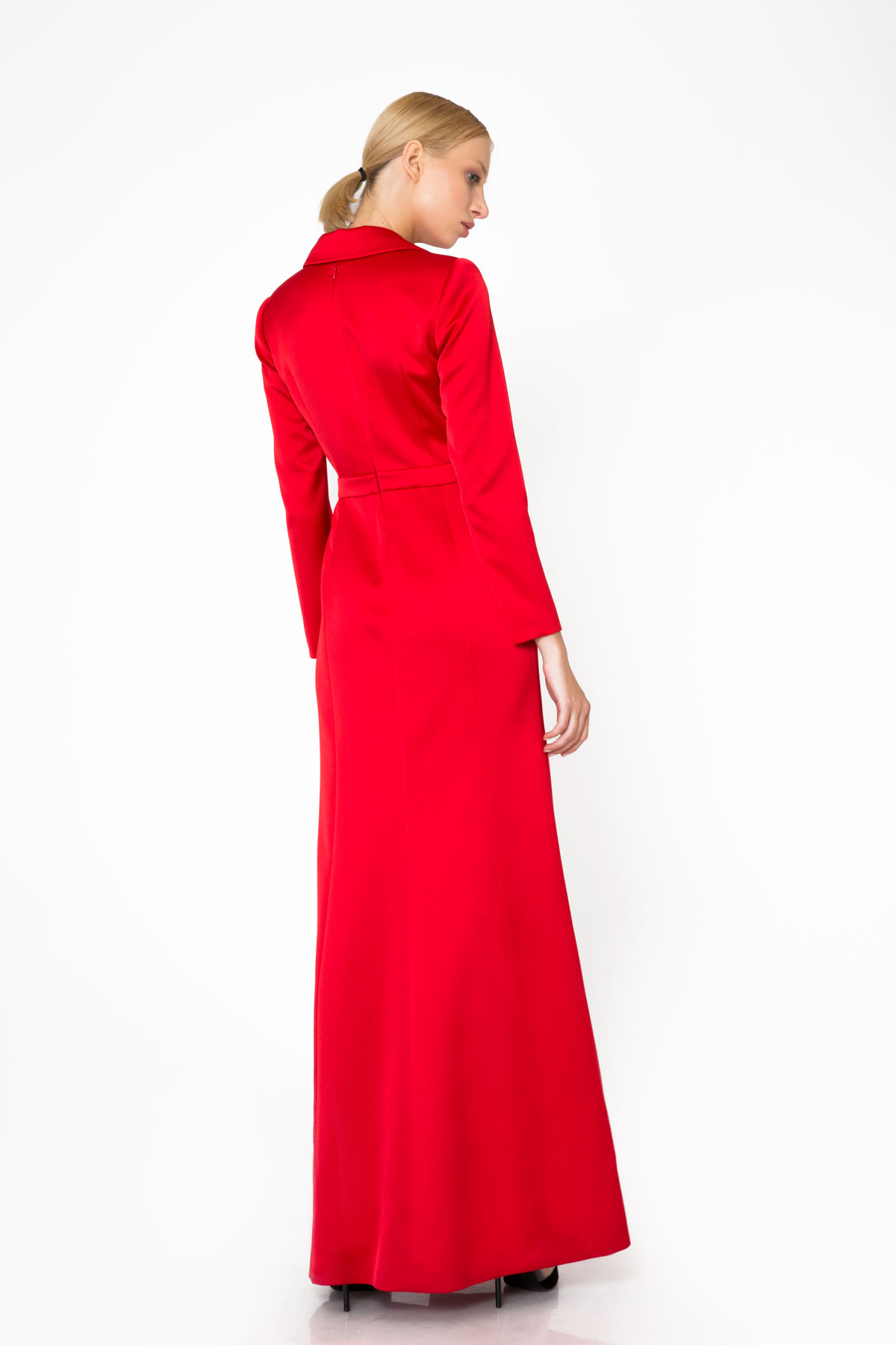 Taş İşleme Detaylı Kırmızı Uzun Gece Elbisesi