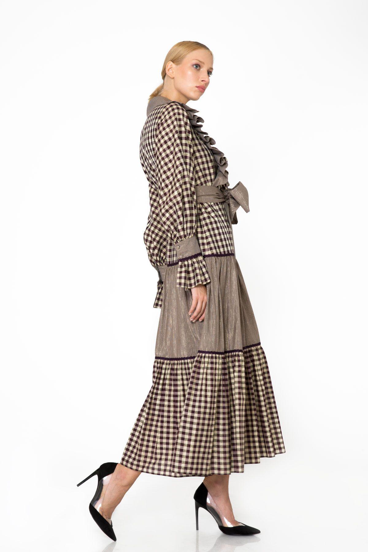 Fırfır Ve Yaka Detaylı Ekose Desenli Uzun Elbise