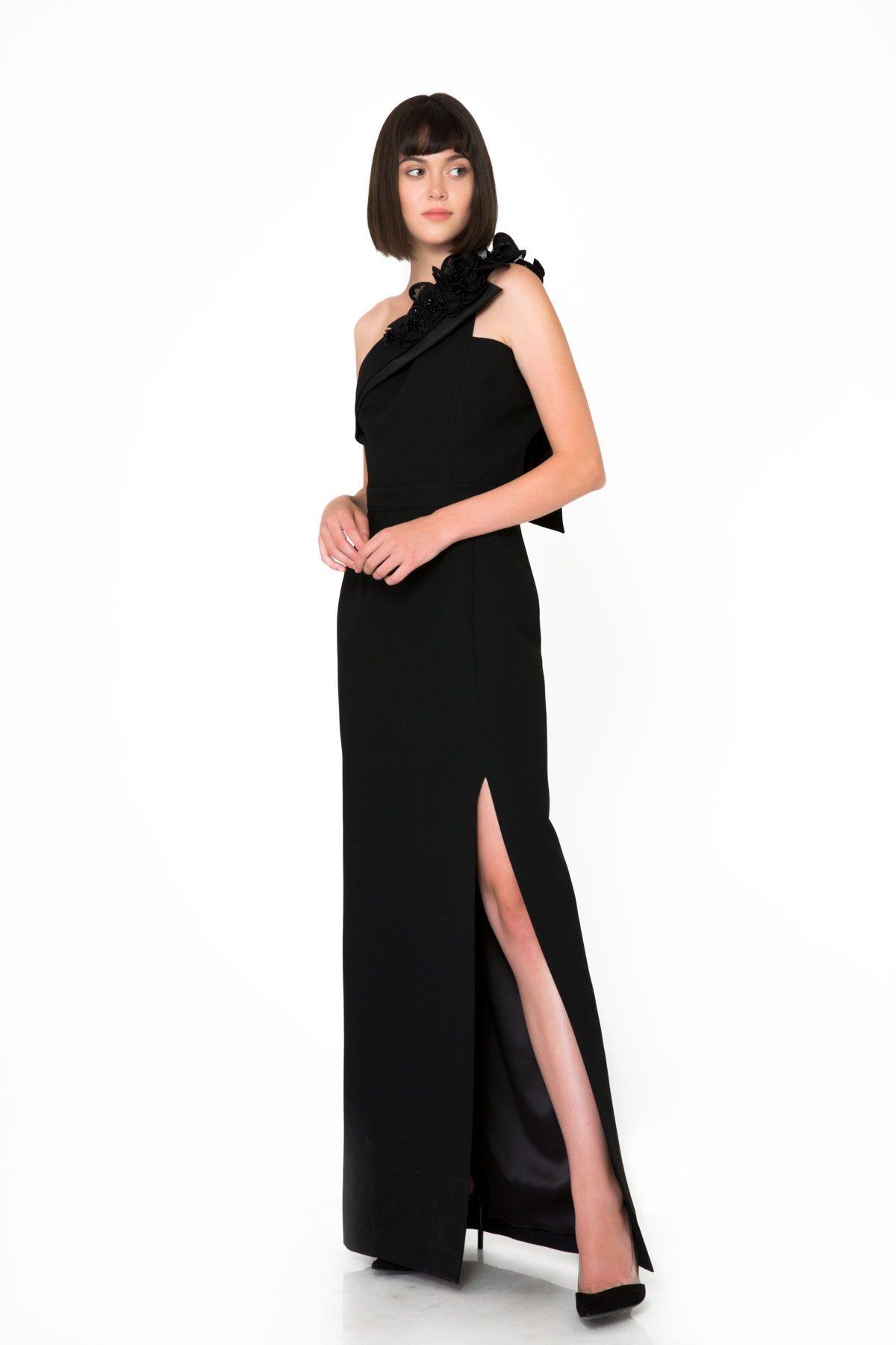 Tek Omuz Asimetrik Yırtmaçlı Siyah Gece Elbisesi