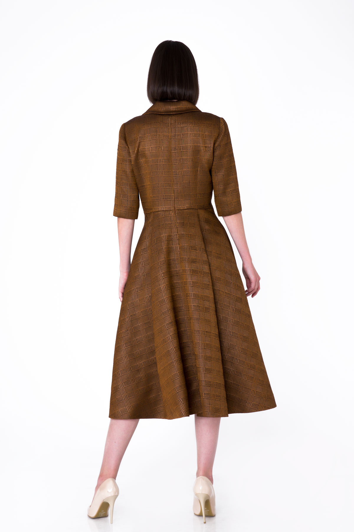 Asimetrik Yaka Detaylı Parlak Midi Elbise