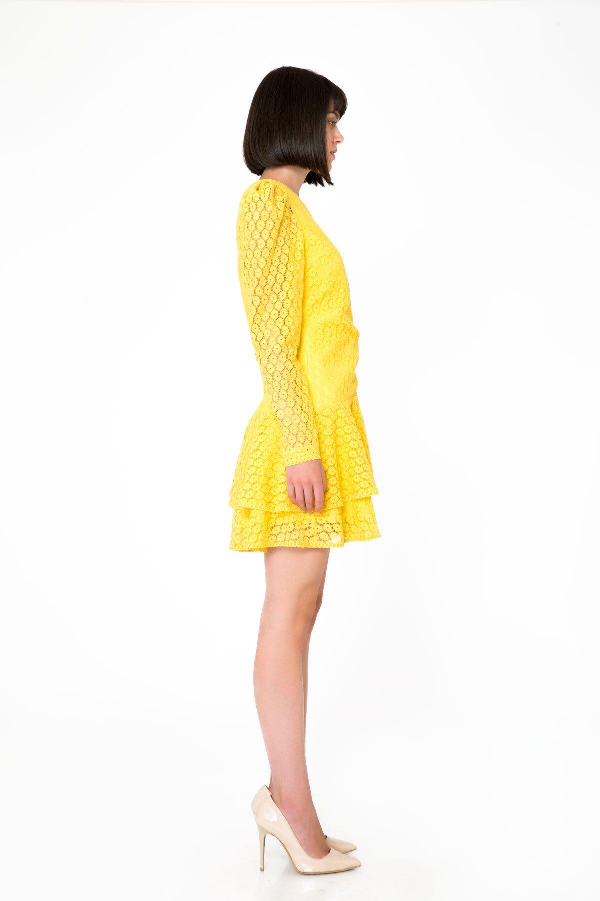 Uzun Kollu Sarı Mini Dantel Elbise