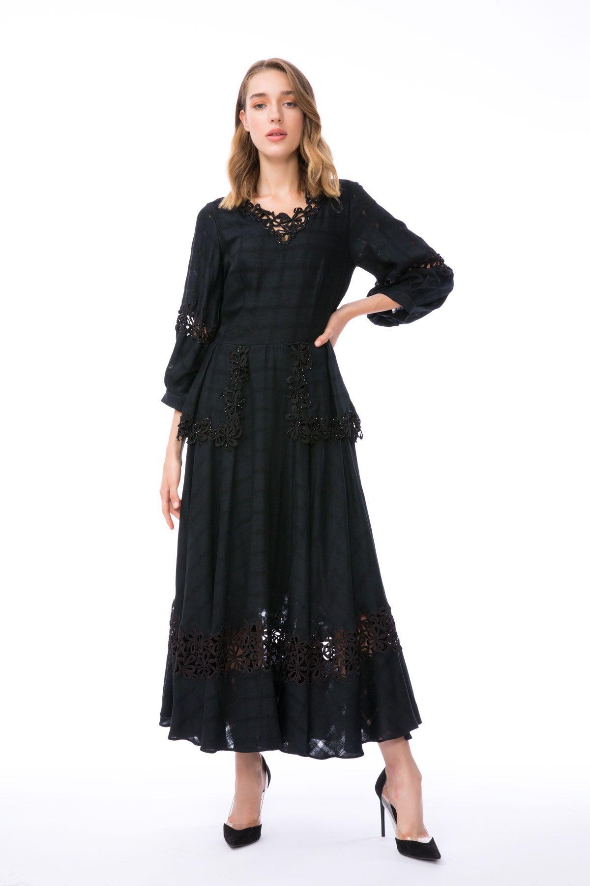 Dantel Detaylı Midi Boy Siyah Peplum Elbise