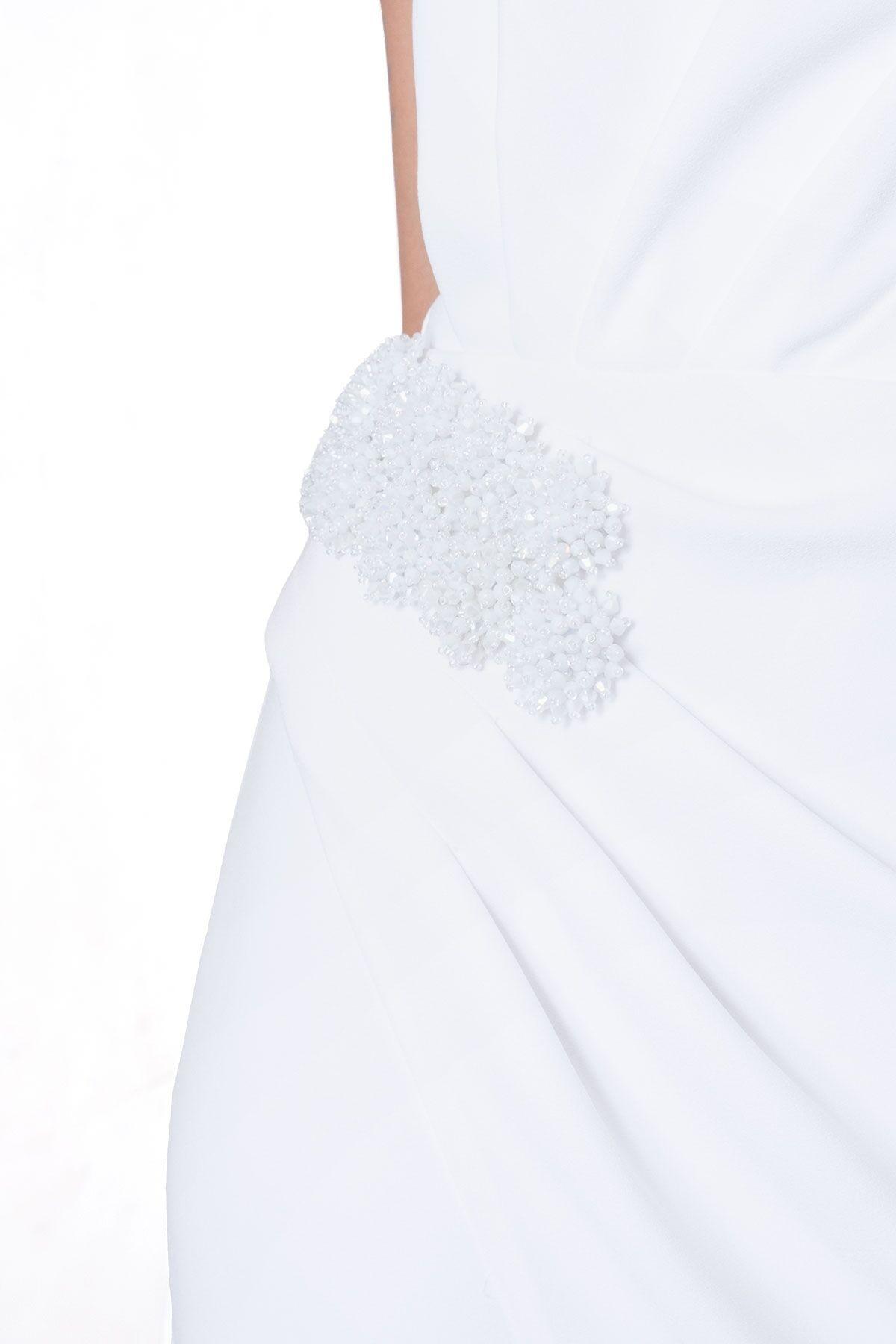 İşleme Detaylı Straplez Ekru Abiye Elbise