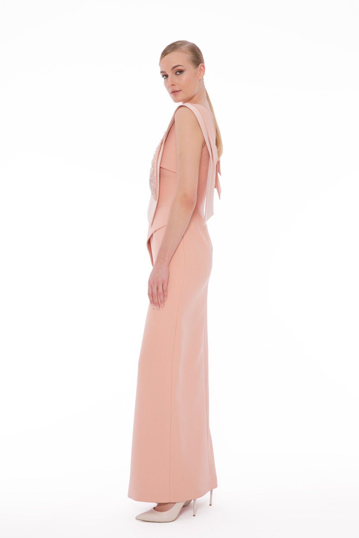 İşleme Ve Bant Detaylı Yandan Yırtmaçlı Uzun Gece Elbisesi
