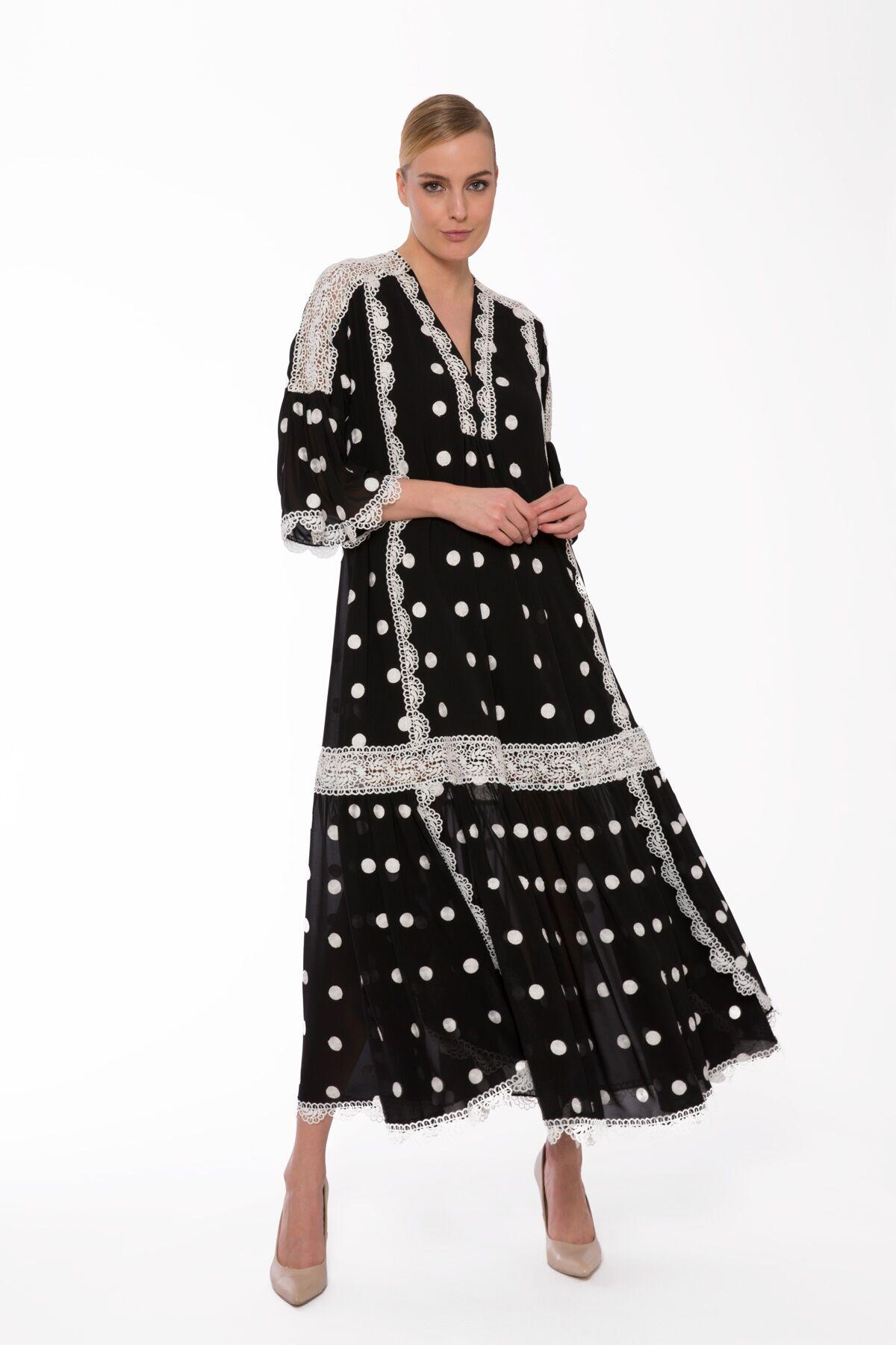 Şerit Dantelli Puanlı Uzun Rahat Kesim Elbise