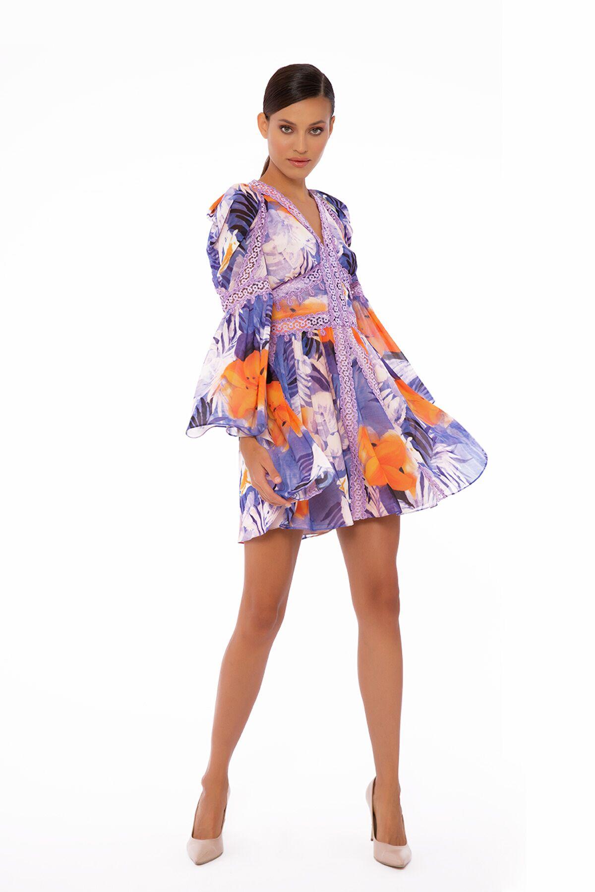 Dantel Şerit Detaylı, Uzun Kollu, Mini Desenli Şifon Elbise