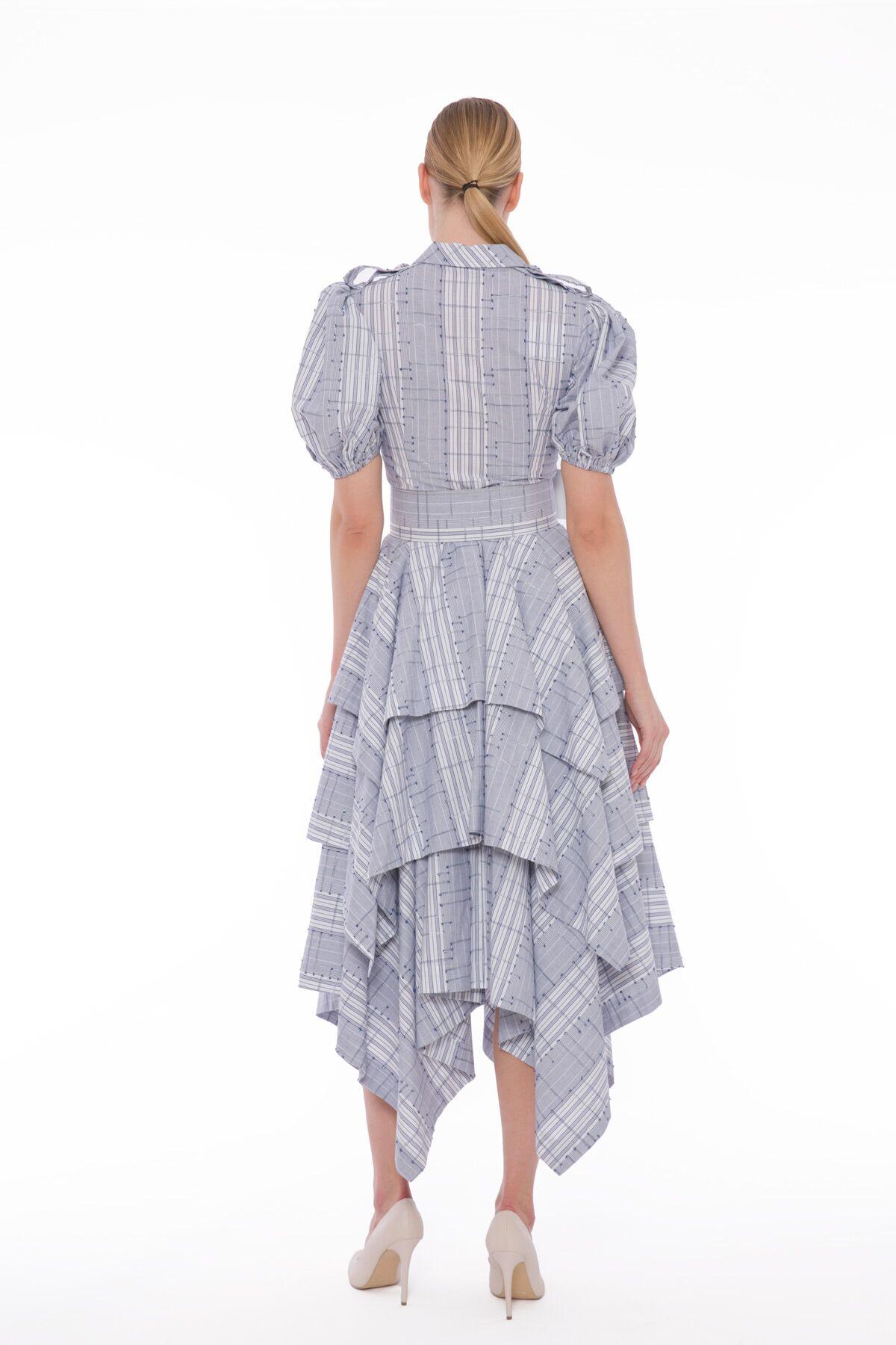 Etek Ucu Mendil Kesim, İşleme Detaylı Midi Boy Elbise