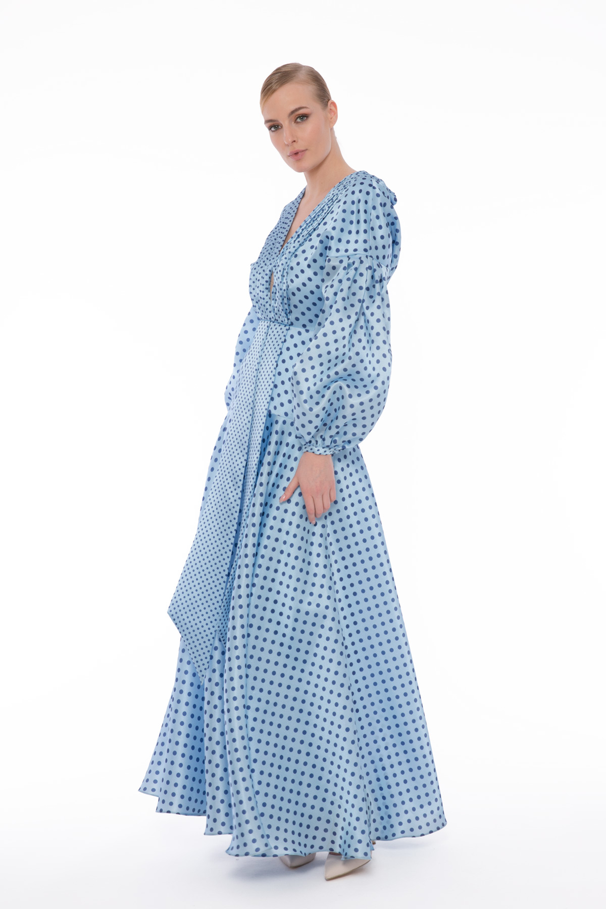 Derin V Yaka Uzun Elbise