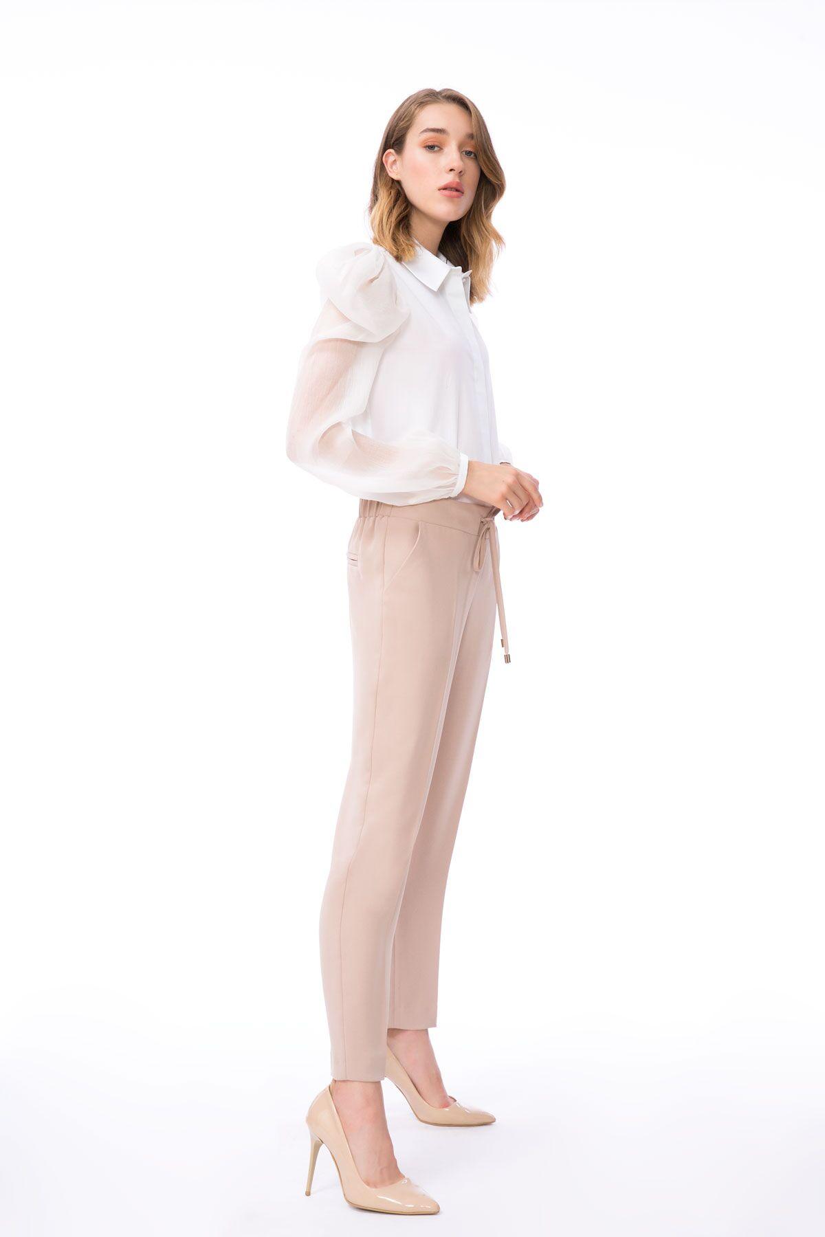 Havuç Kesim Bağcıklı Vizon Renkli Kumaş Pantolon
