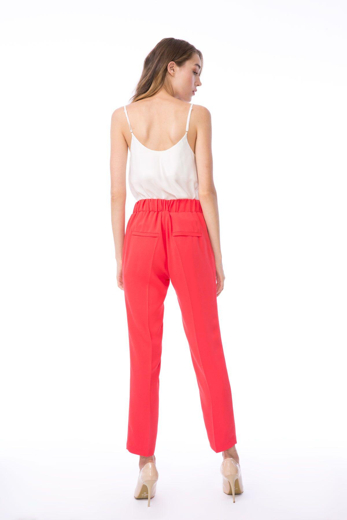 Havuç Kesim Bağcıklı Pembe Kumaş Pantolon