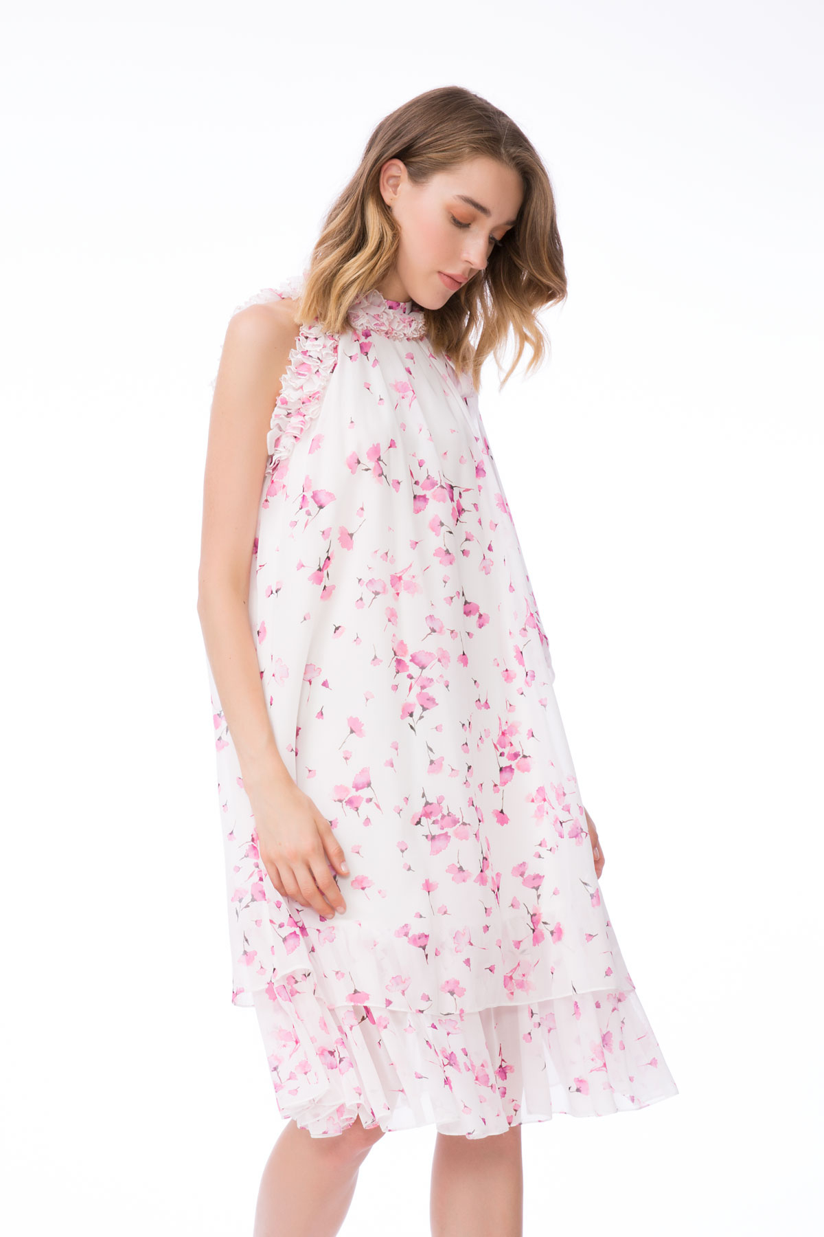 Çiçek Desenli, Fırfır Detayli Mini Elbise