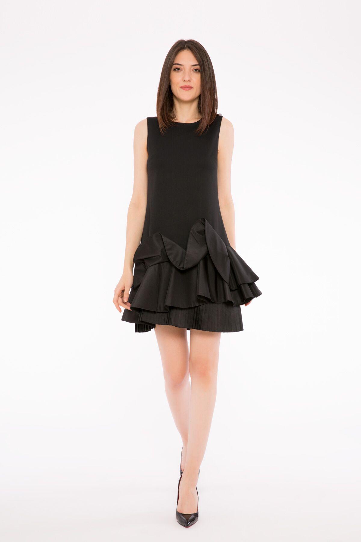 Volan Ve Pile Detaylı Kolsuz Elbise