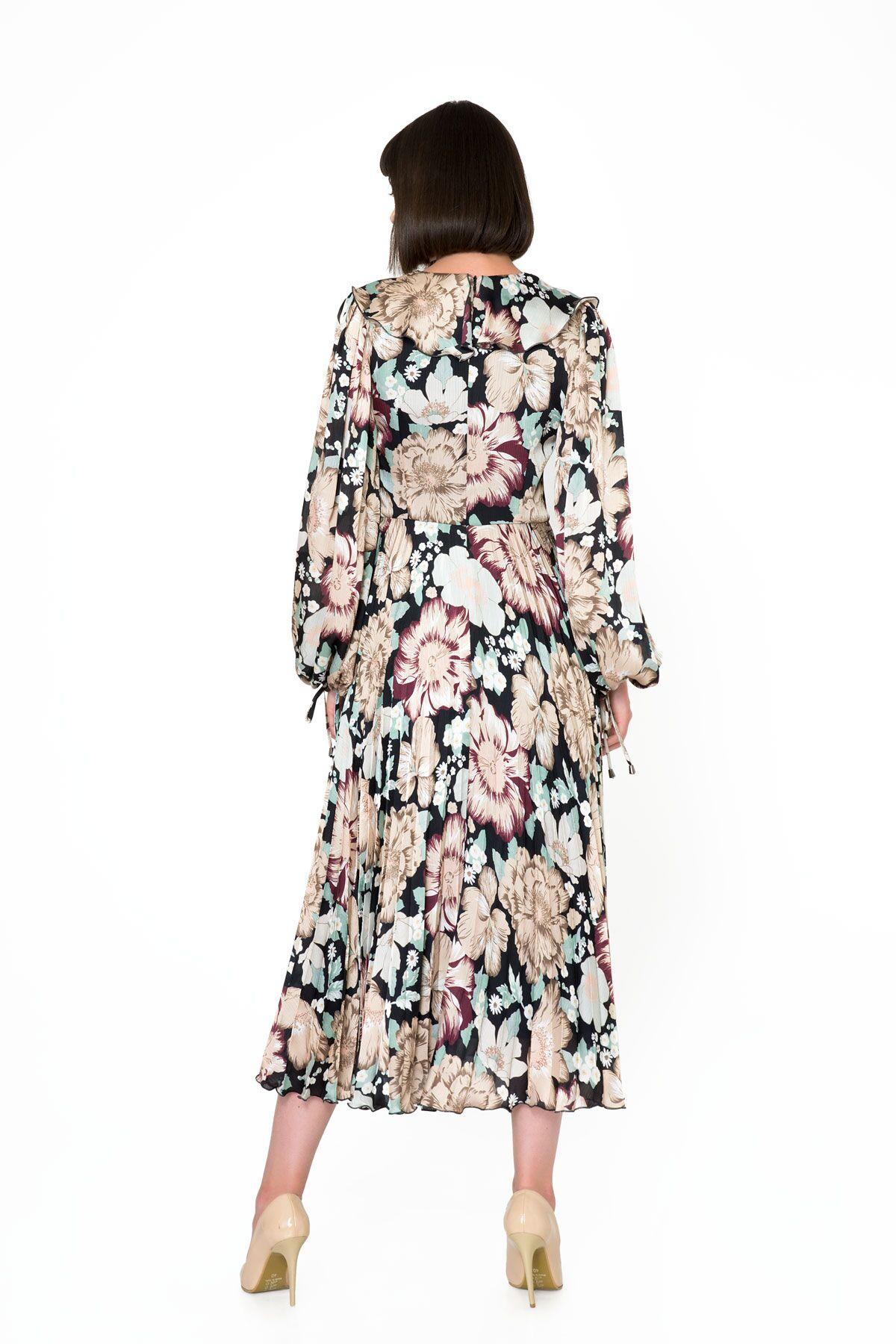 Çiçek Desenli V Yaka Uzun Piliseli Elbise