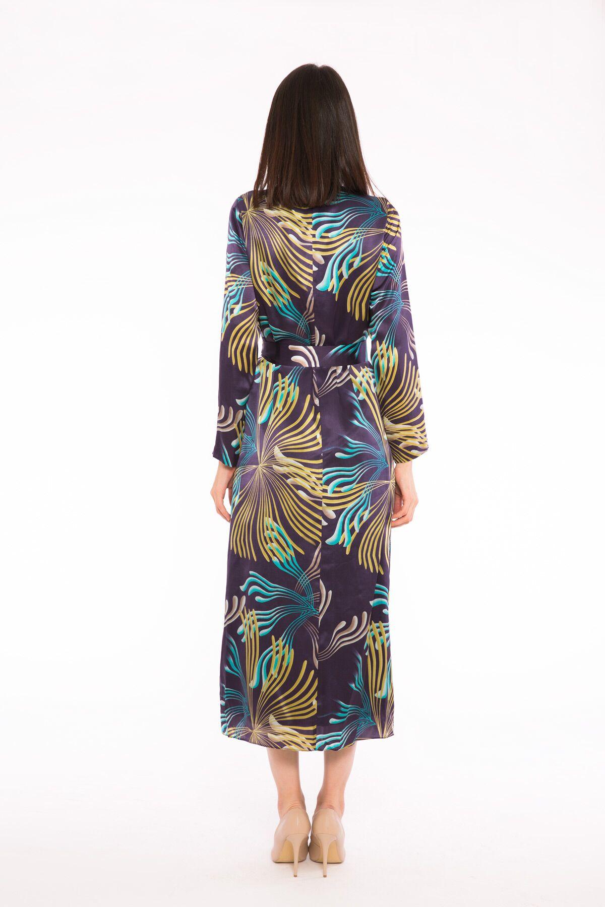 Leopar Desenli Kuşaklı Uzun Elbise