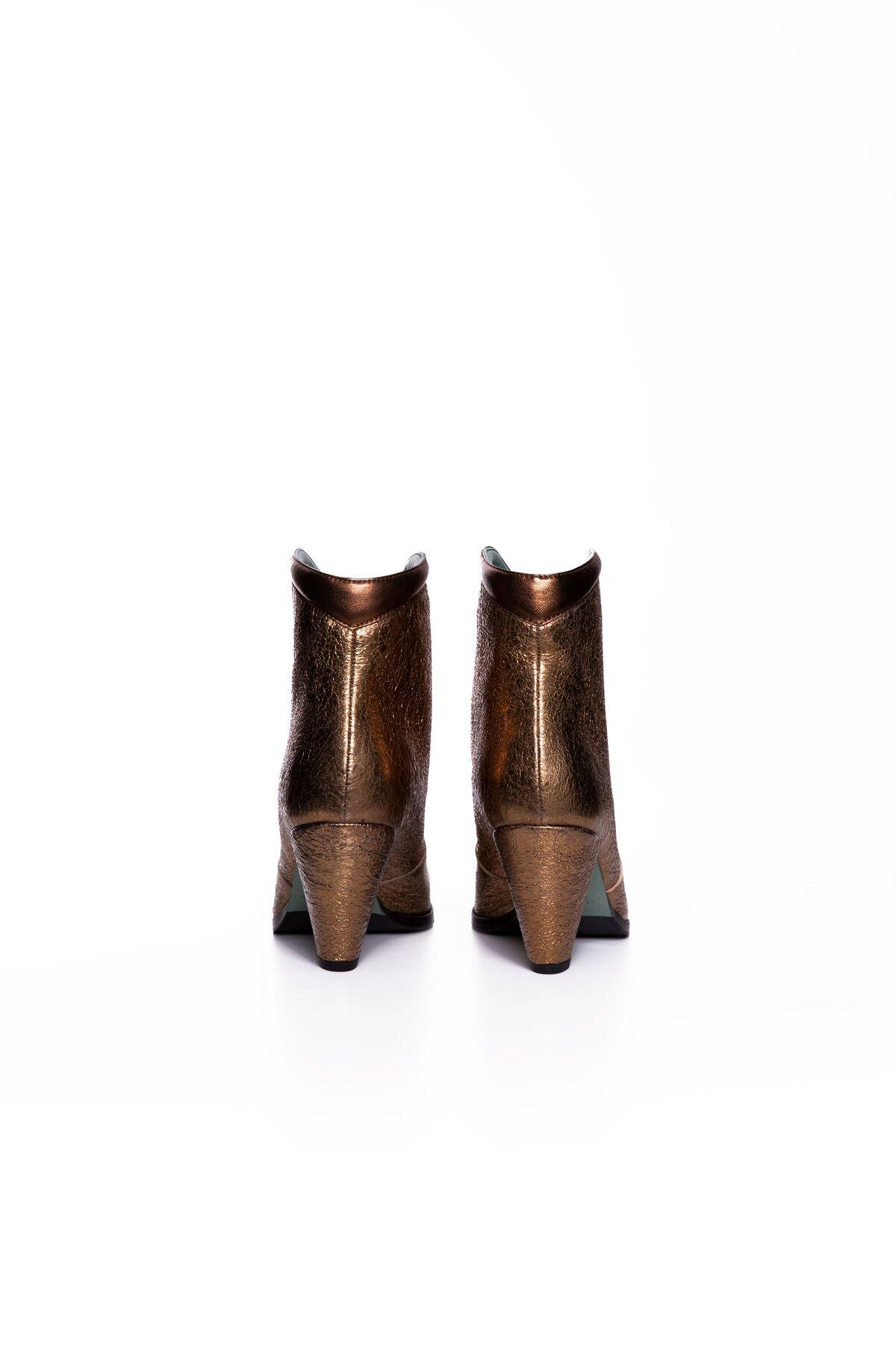 Metalik Bronz Topuklu Bot