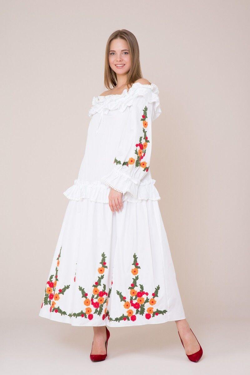 Nakış ve Fırfır Detaylı Beyaz Elbise