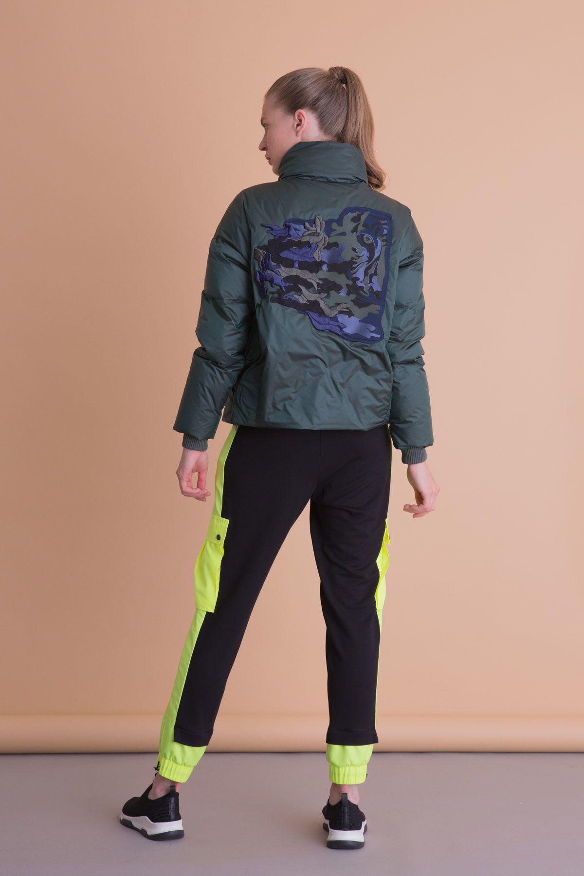 Neon Detaylı Siyah Jogger Pantolon