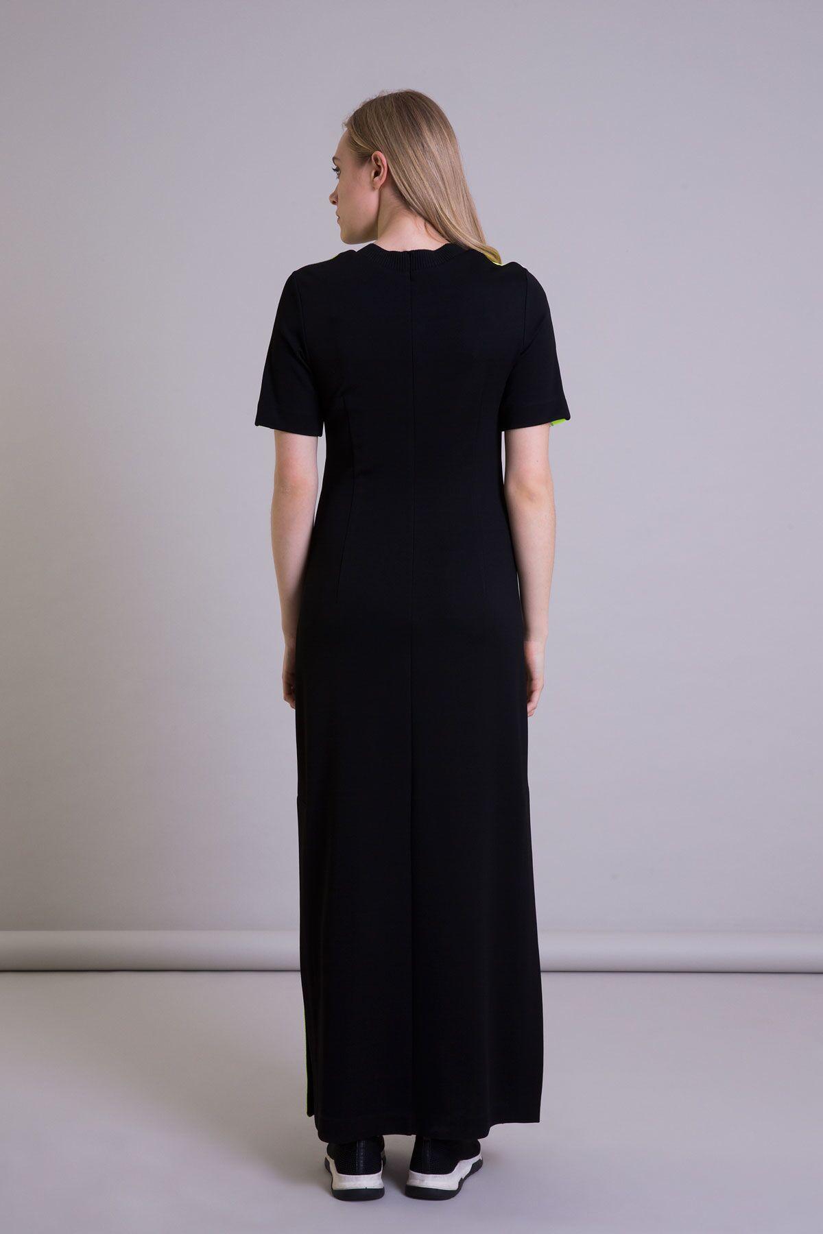 Neon Şerit Detaylı Yırtmaçlı Siyah Uzun Elbise