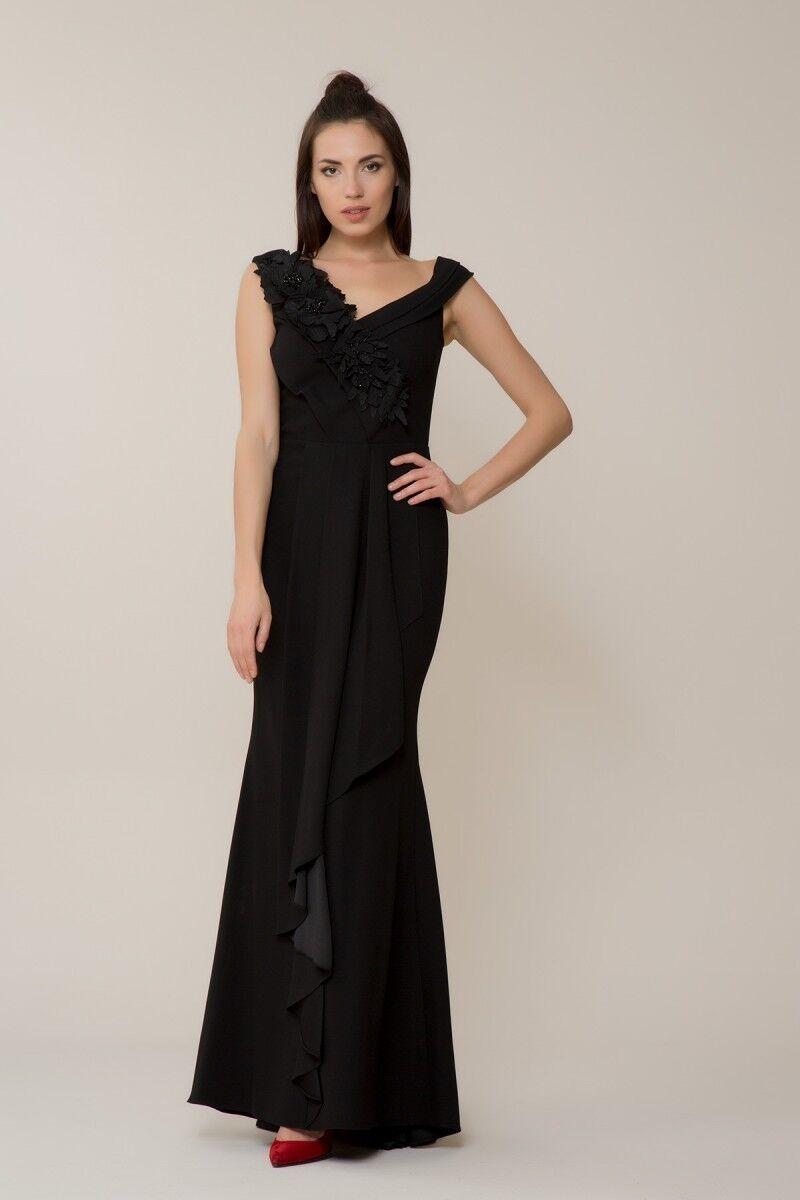 Omuz Çiçek Detaylı Siyah Elbise
