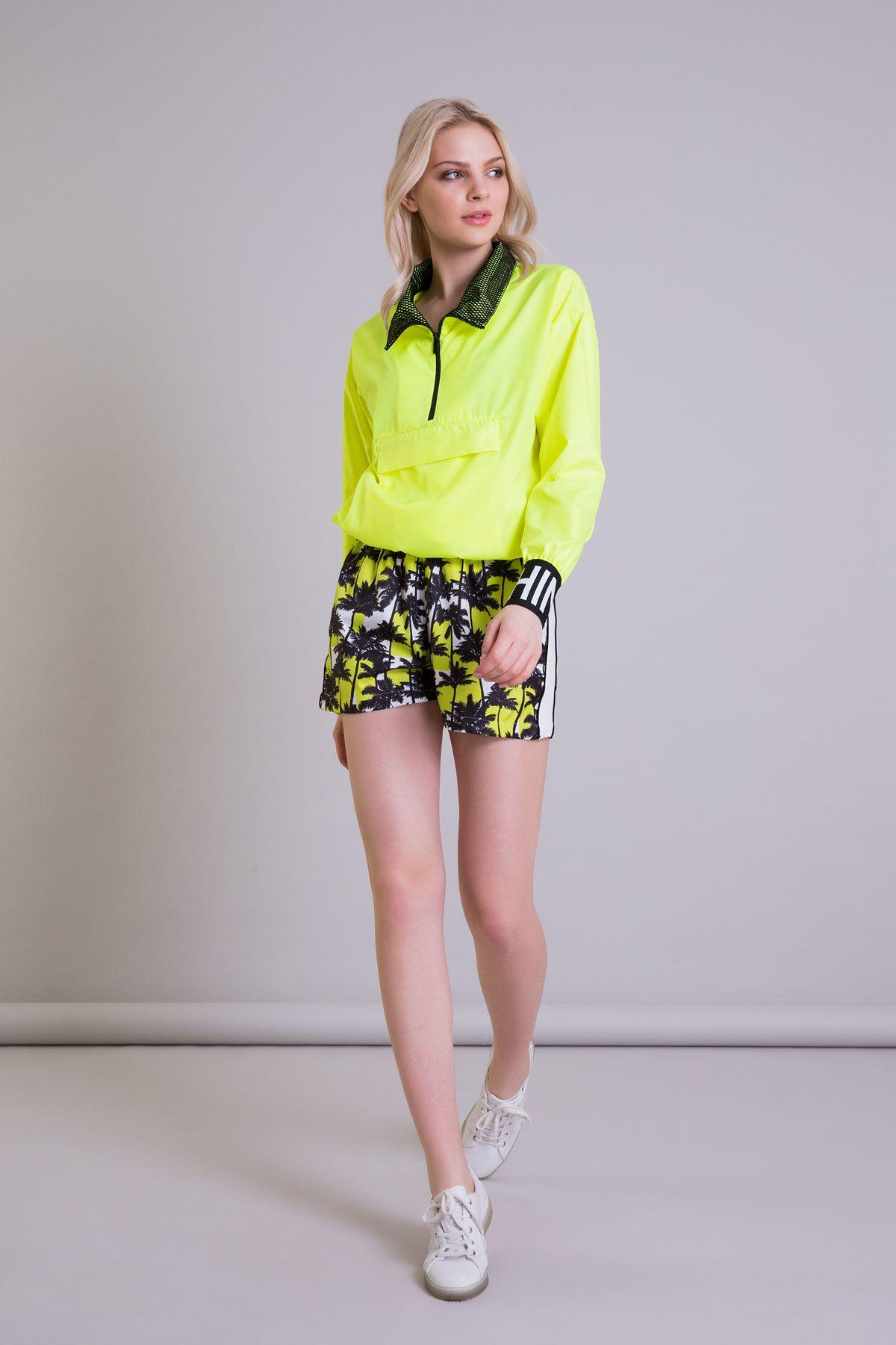 Palmiye Desenli Neon Sarı Siyah Mini Şort