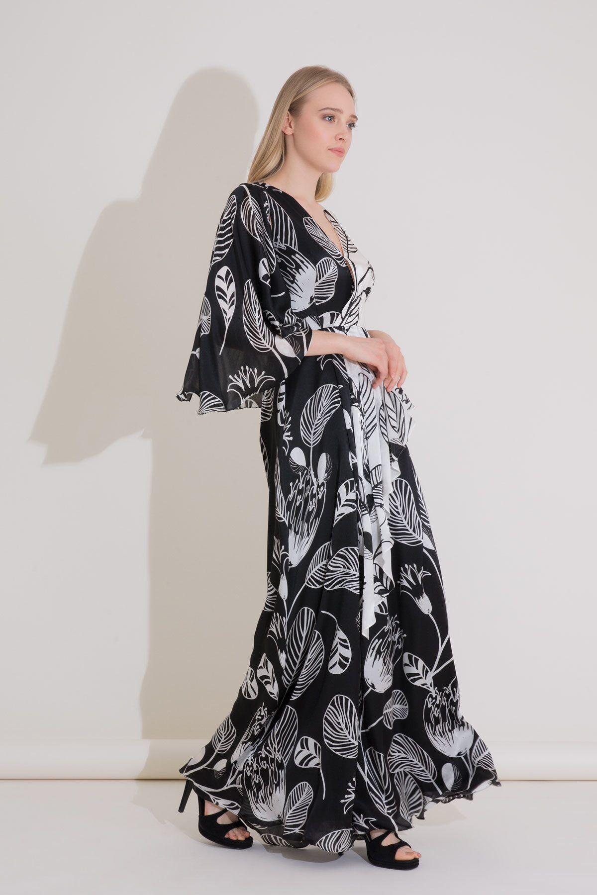 Pelerin Kollu Desenli Siyah Uzun İpekli Elbise