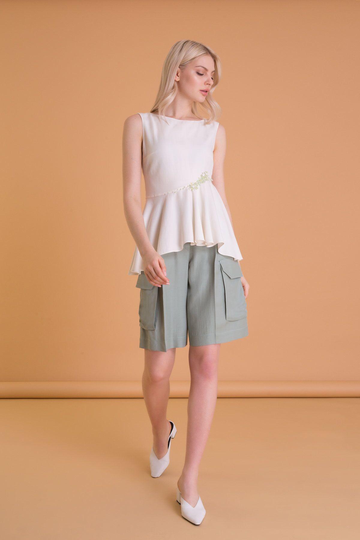 Pocket Detailed Green Bermuda Shorts