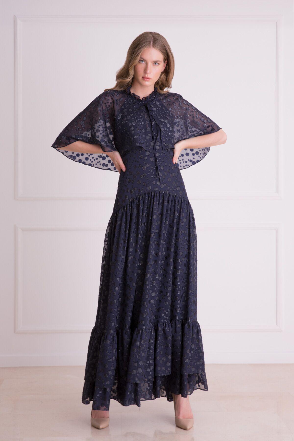 Sırt Bağlamalı Lacivert Kloş Uzun Elbise
