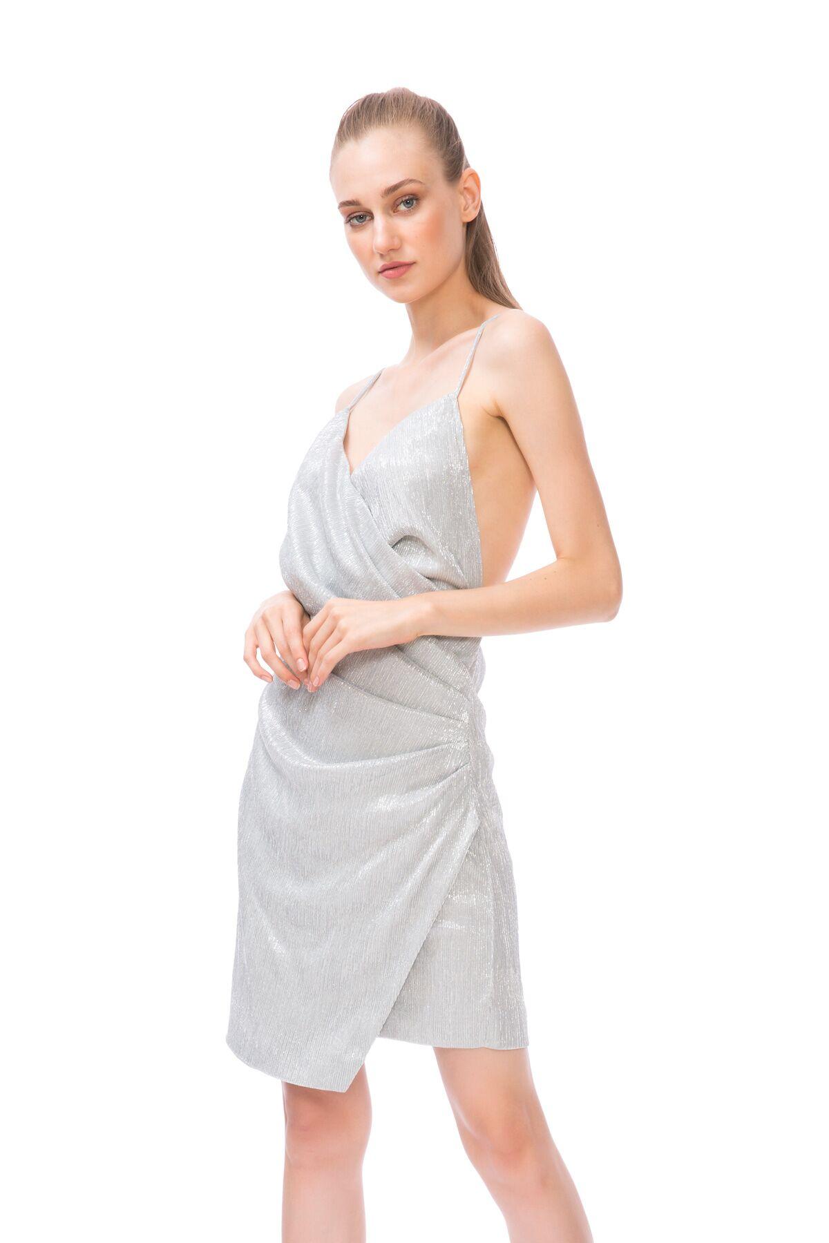 Sırt Dekolteli Kruvaze Yaka Mini Elbise