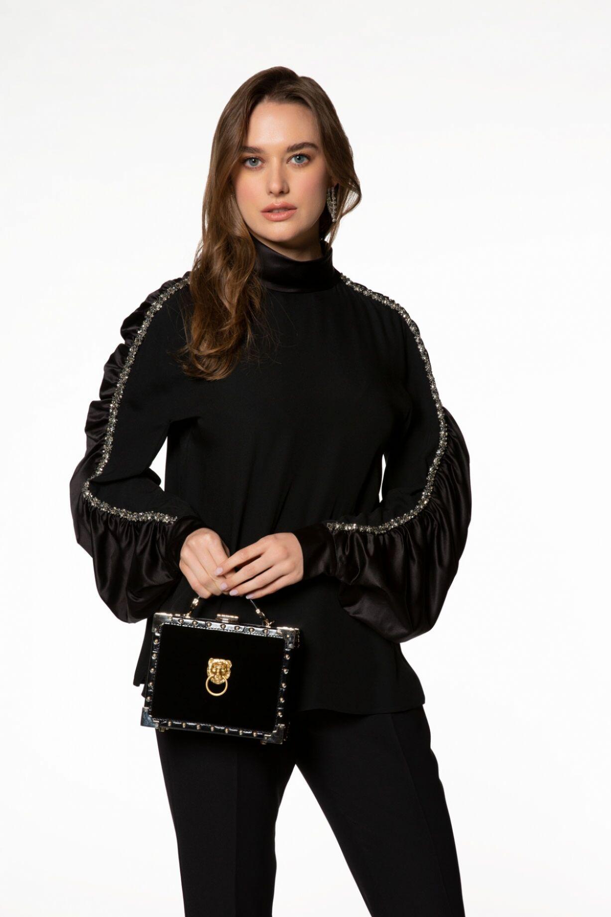 Siyah Mini Kutu Çanta