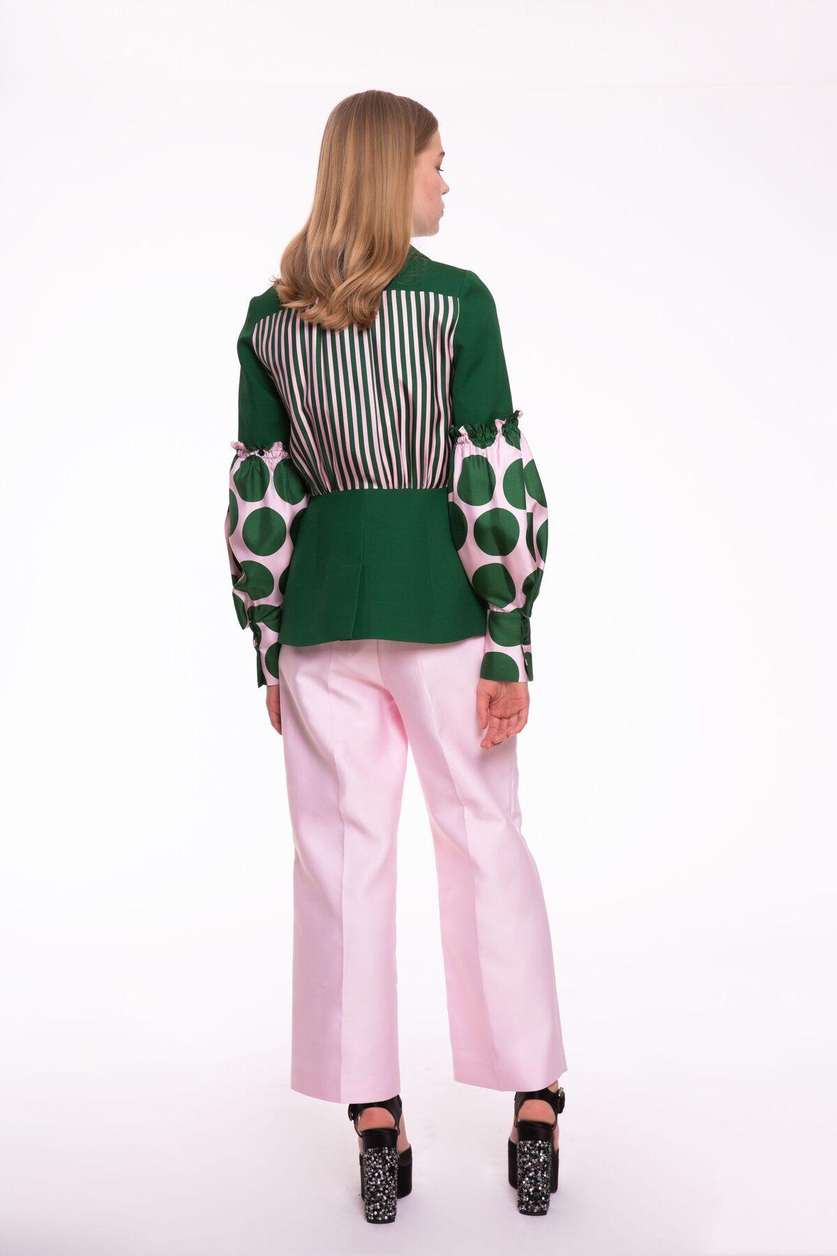Kolları ve Sırtı Detaylı Yeşil Ceket