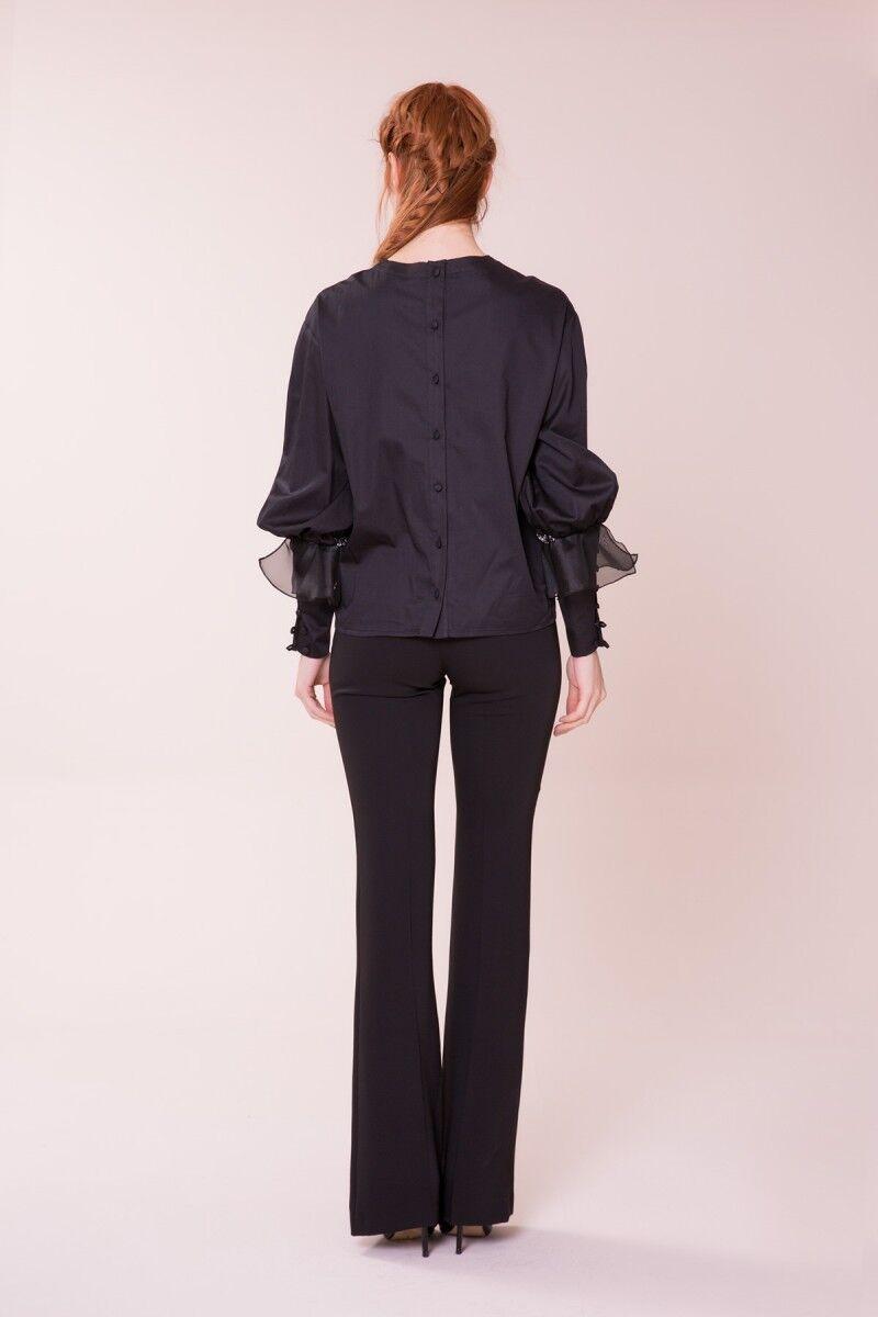 Taş Detaylı Siyah Bluz