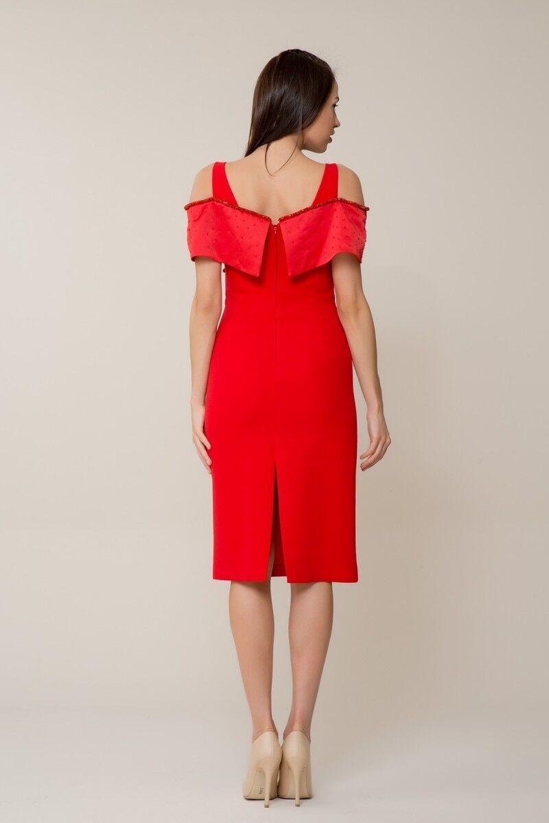 Taş İşlemeli Kırmızı Elbise
